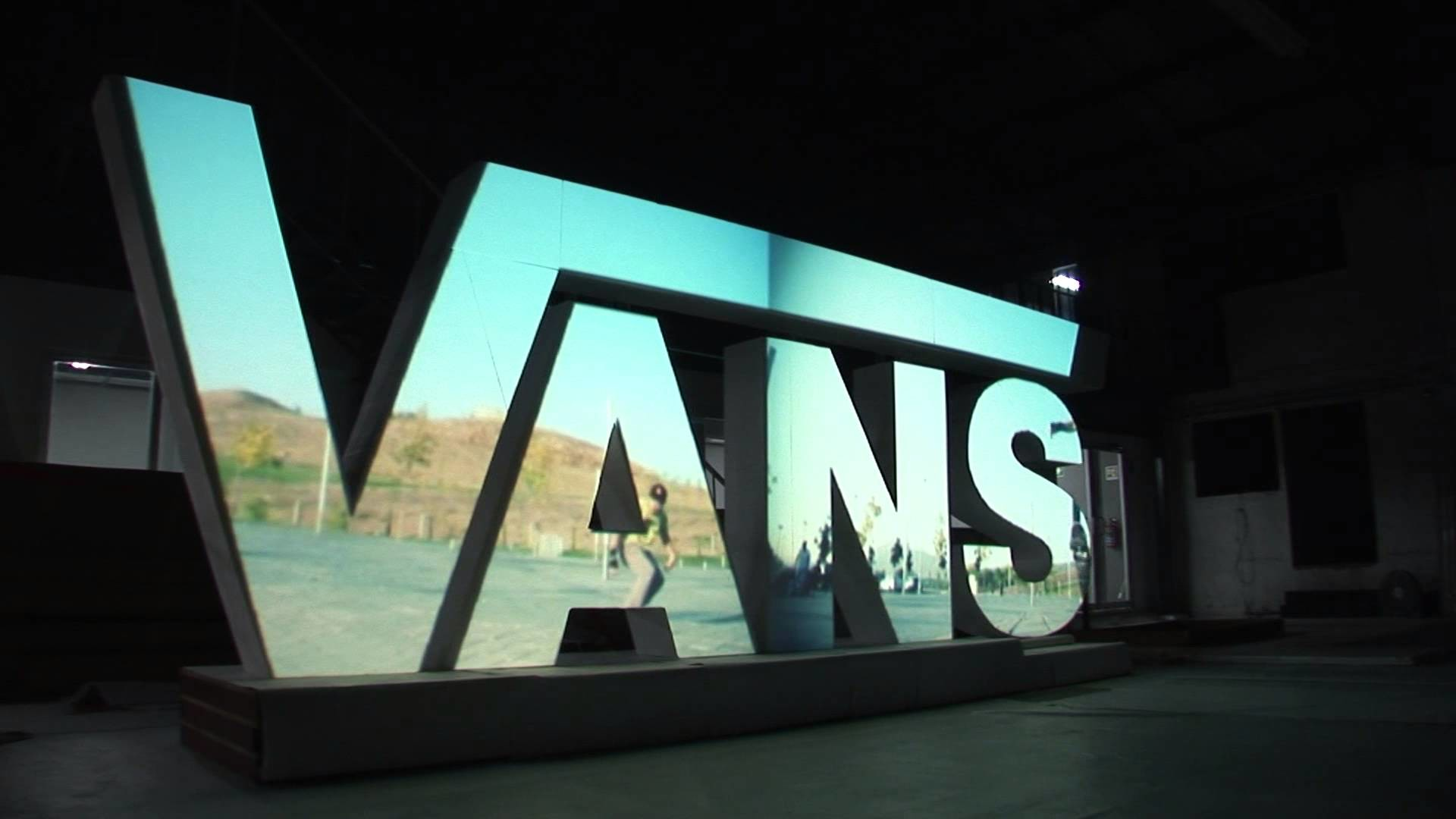 Vans Logo Wallpaper ·①