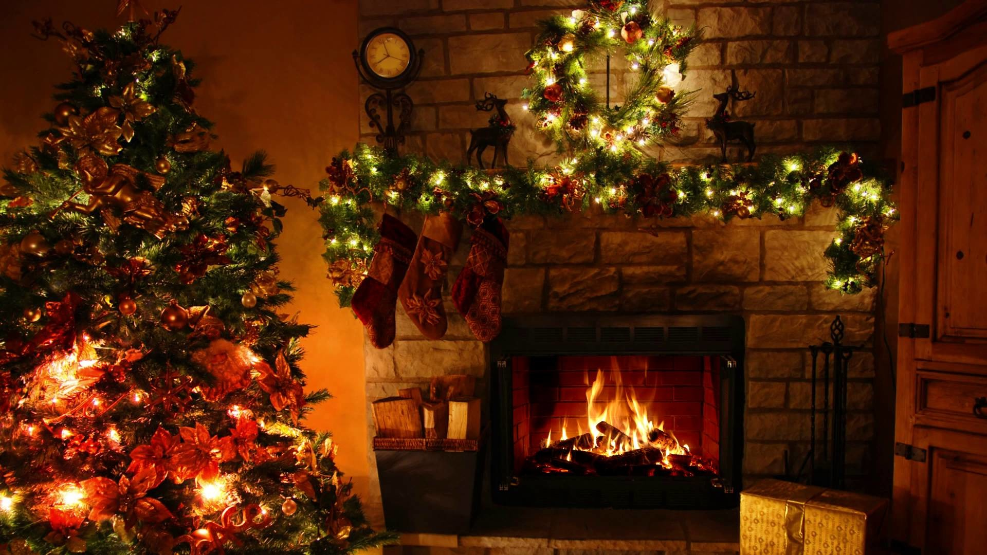 Christmas Fireplace Wallpaper ·① WallpaperTag