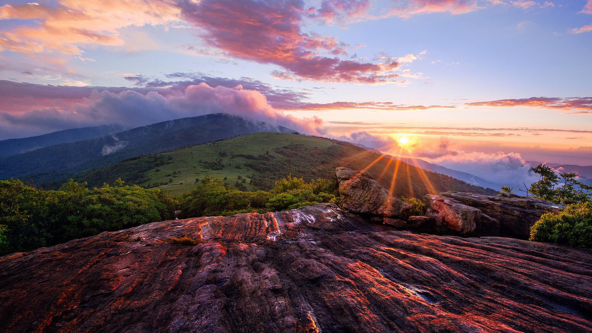 1920x1080 Beautiful Mountain Sunset Landscape Download