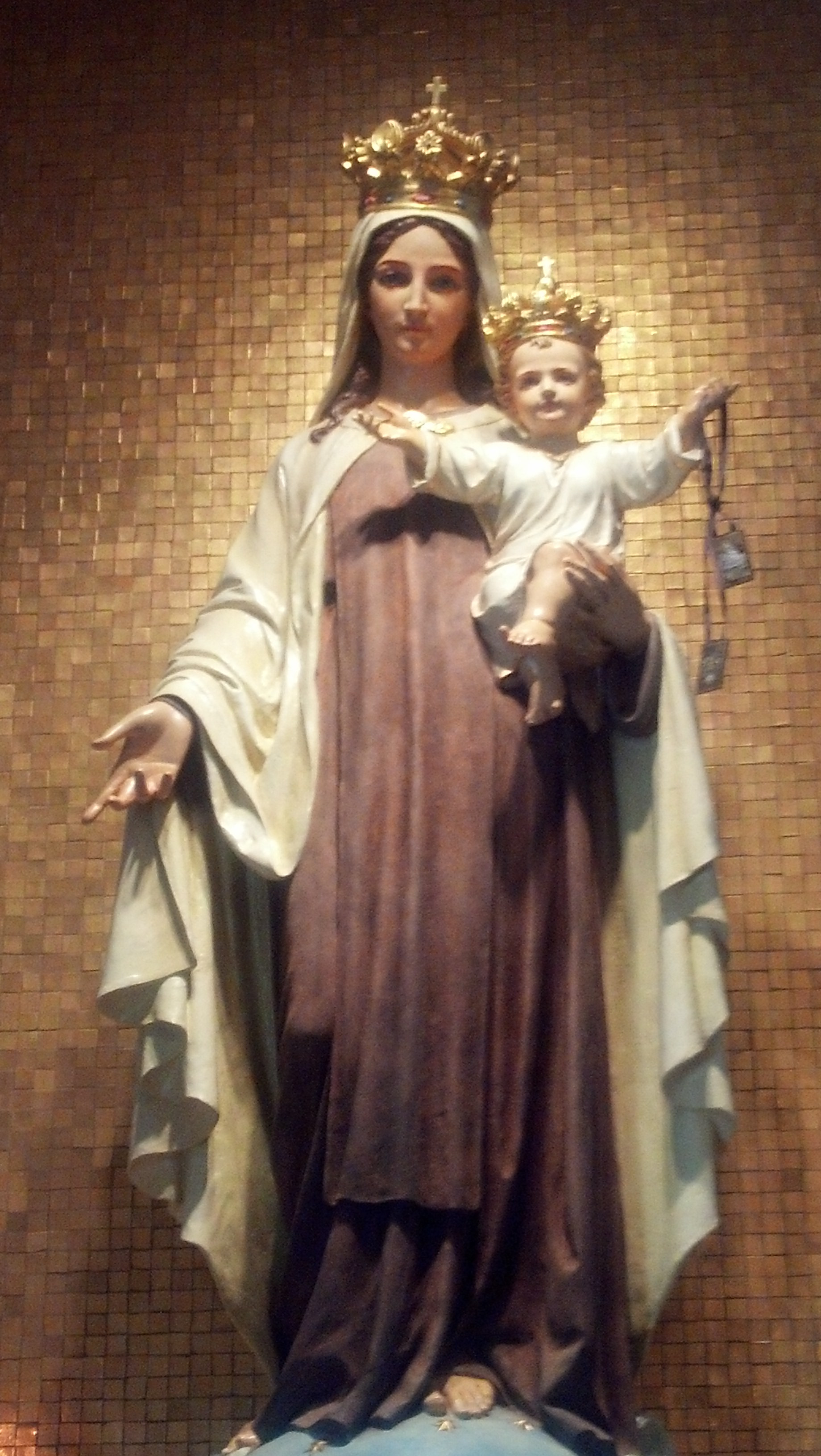 1840x3264 Mother Mary With Jesus Download View And