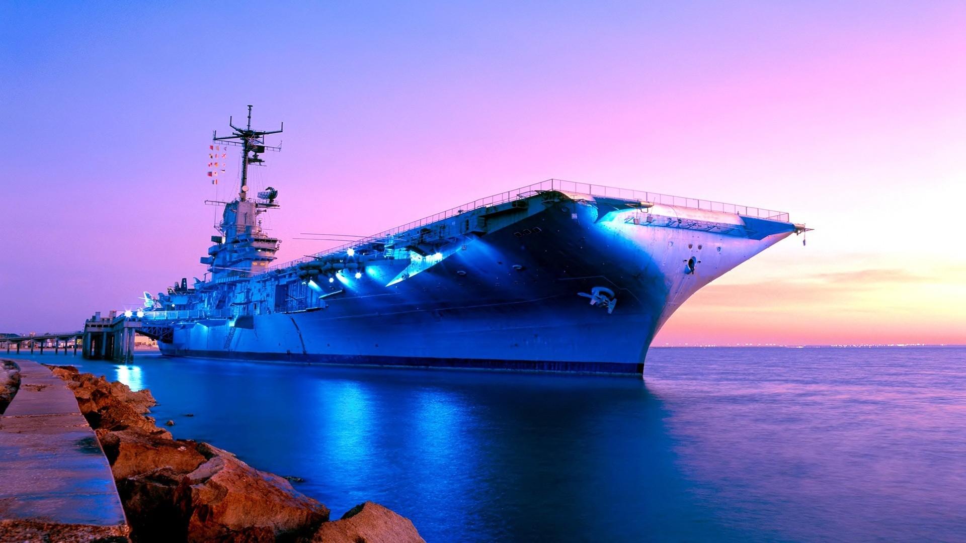 Navy Ship Wallpaper ①
