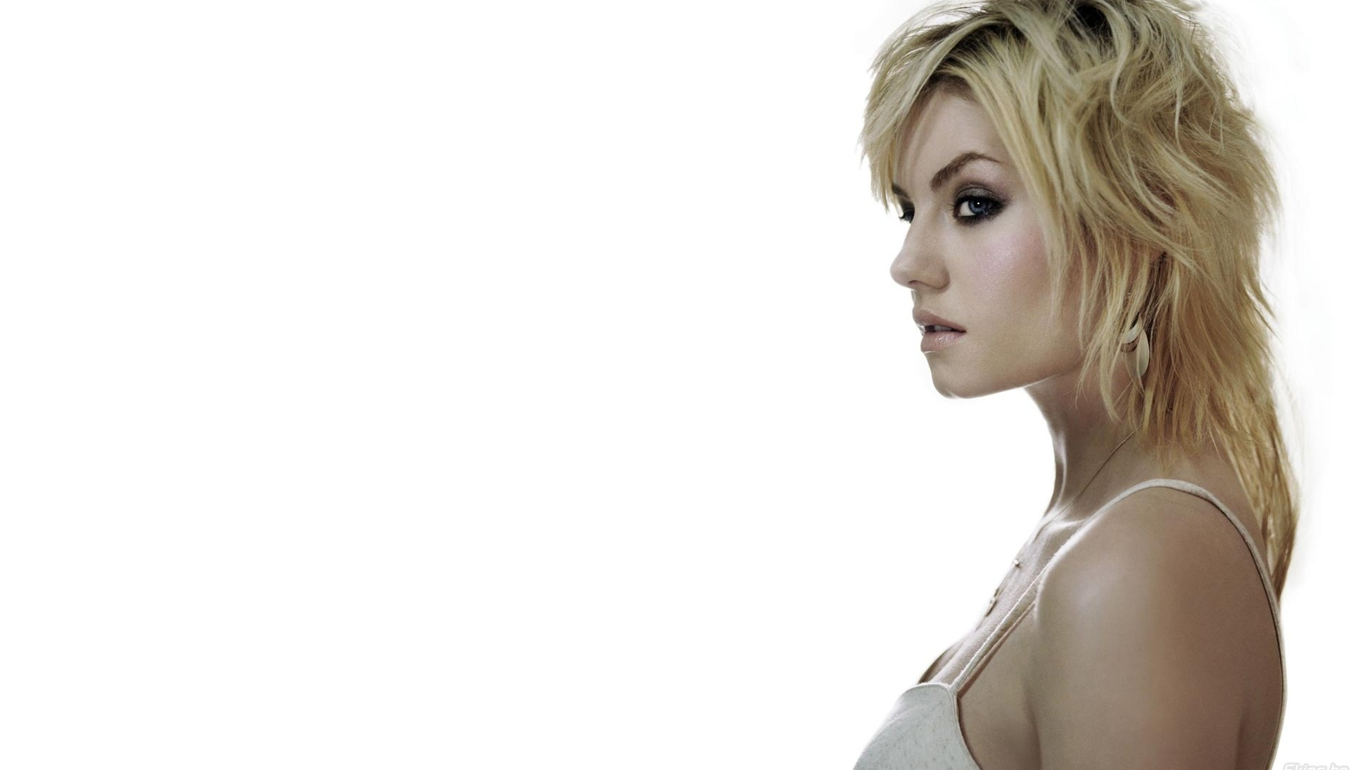 Elisha Cuthbert Hd Wallpapers: Wallpaper Of Elisha Cuthbert ·① WallpaperTag