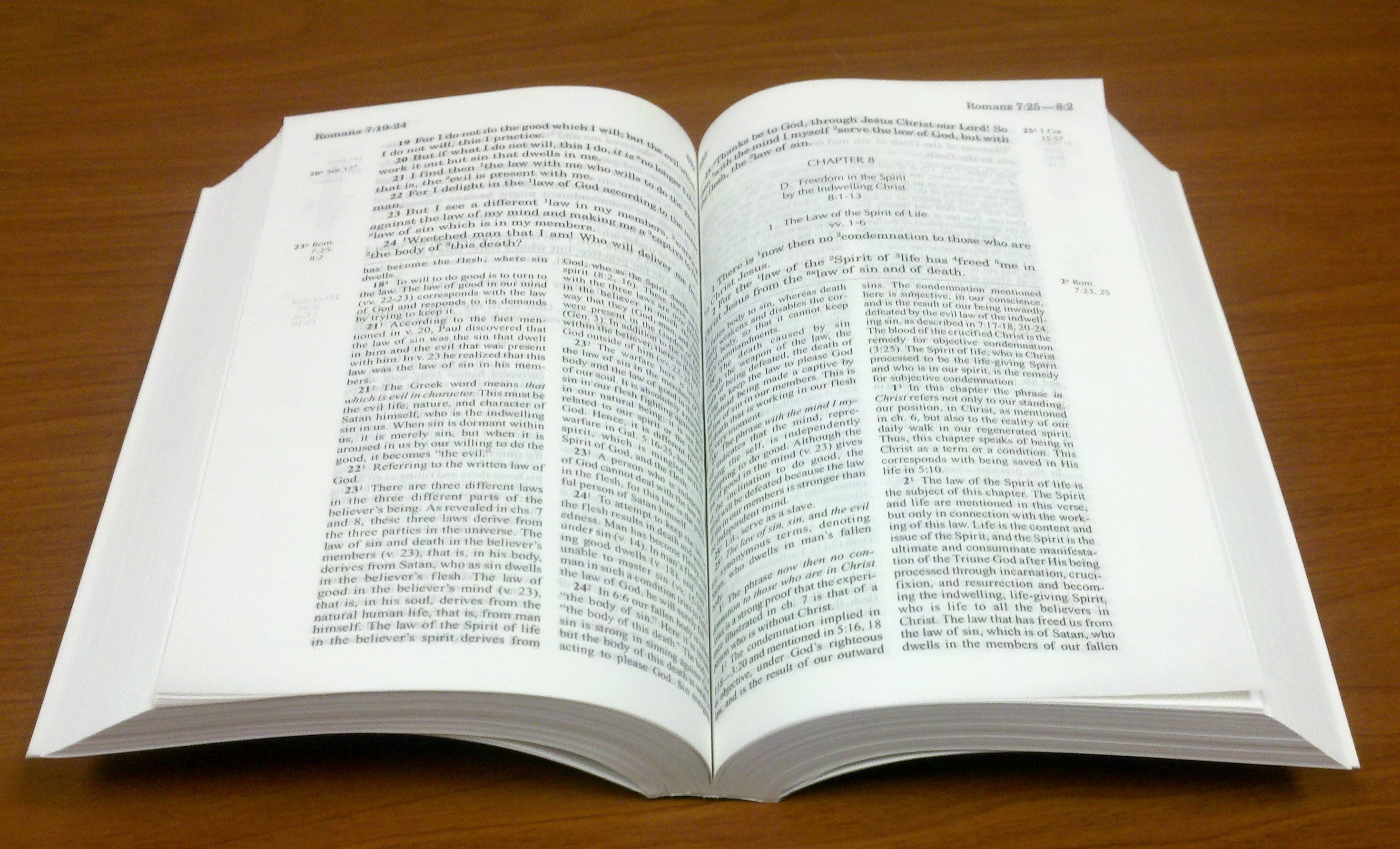 Open Bible background ...
