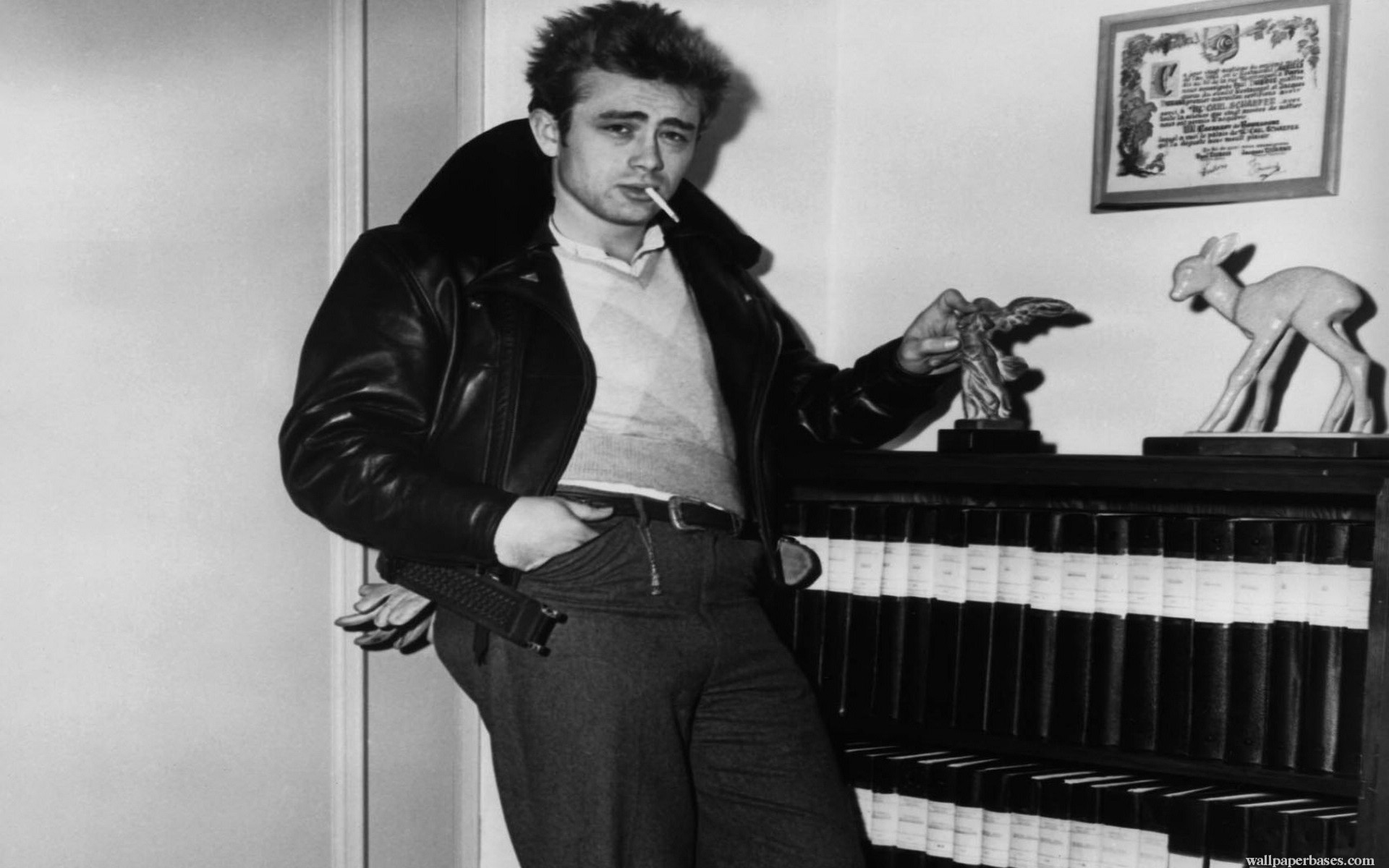 James Dean Wallpapers ·①