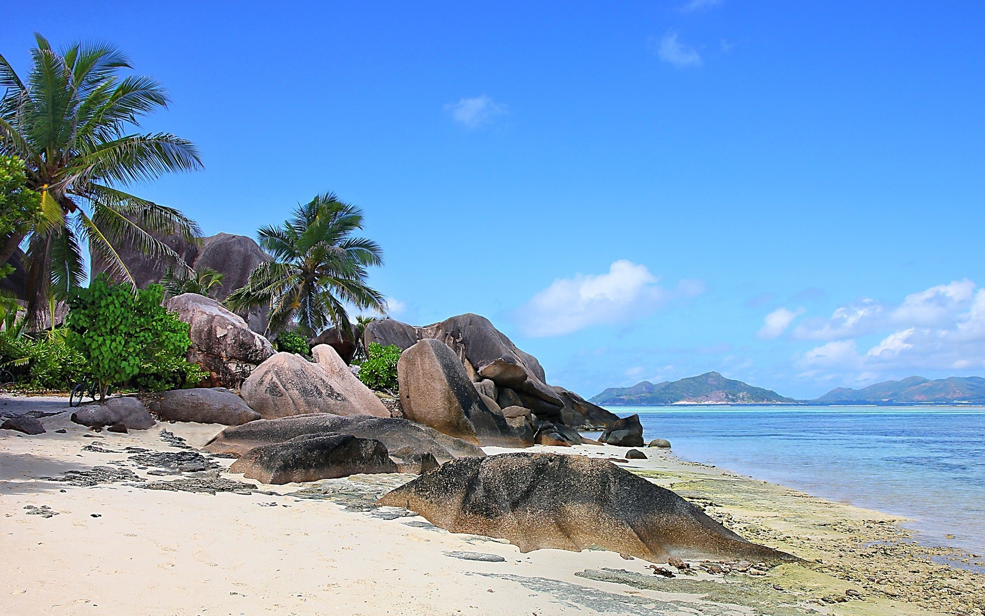 Seychelles wallpaper for Beach rocks for landscaping