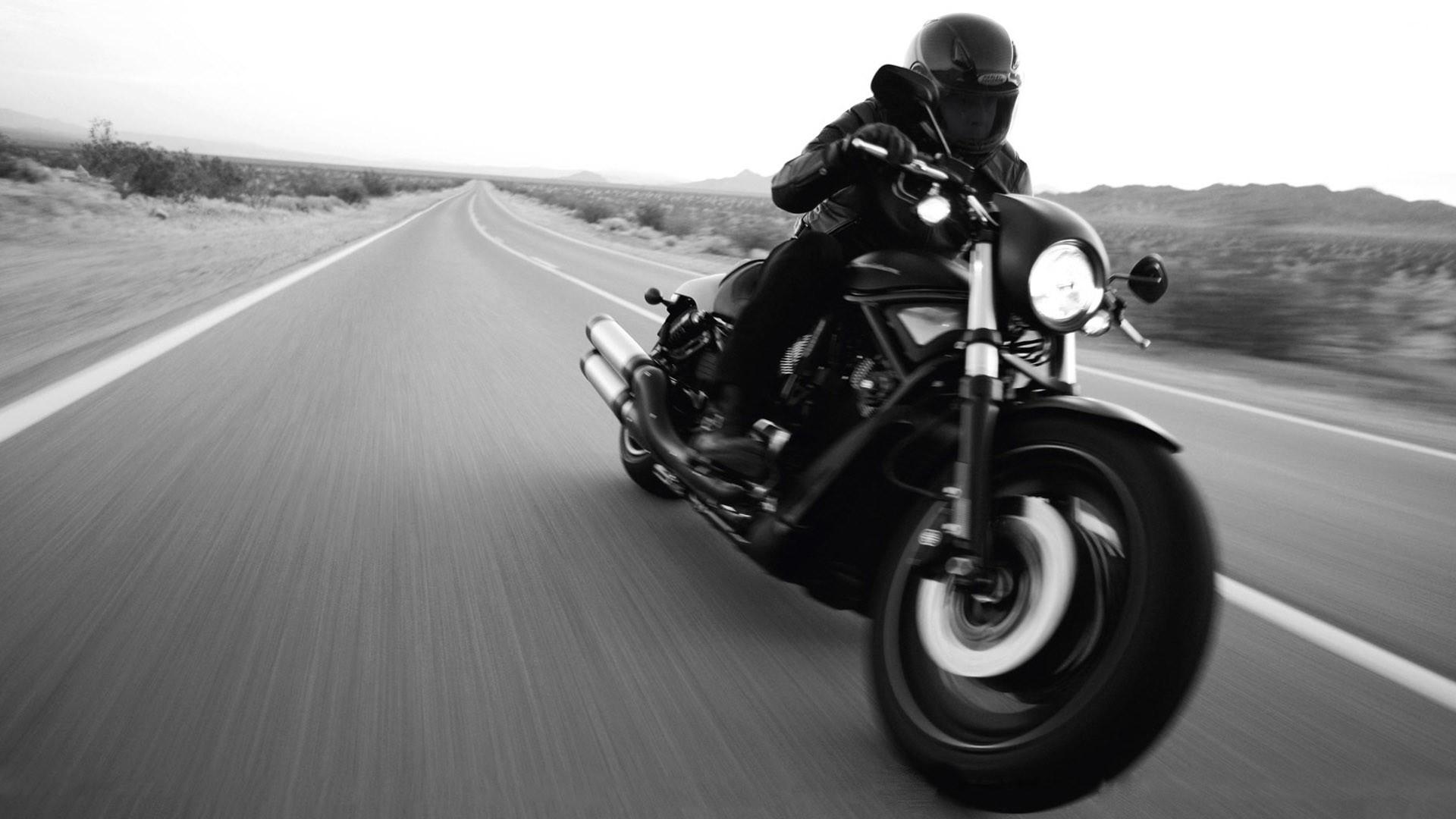 мотоцикл черный харлей  № 23754  скачать