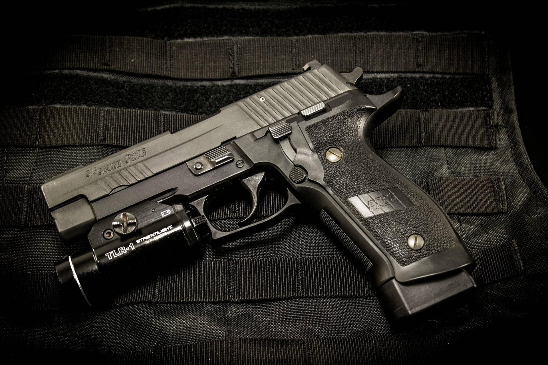 1920x1280 Sig Sauer P226 Gun Weapon Flashlight Download A Pistol Wallpaper
