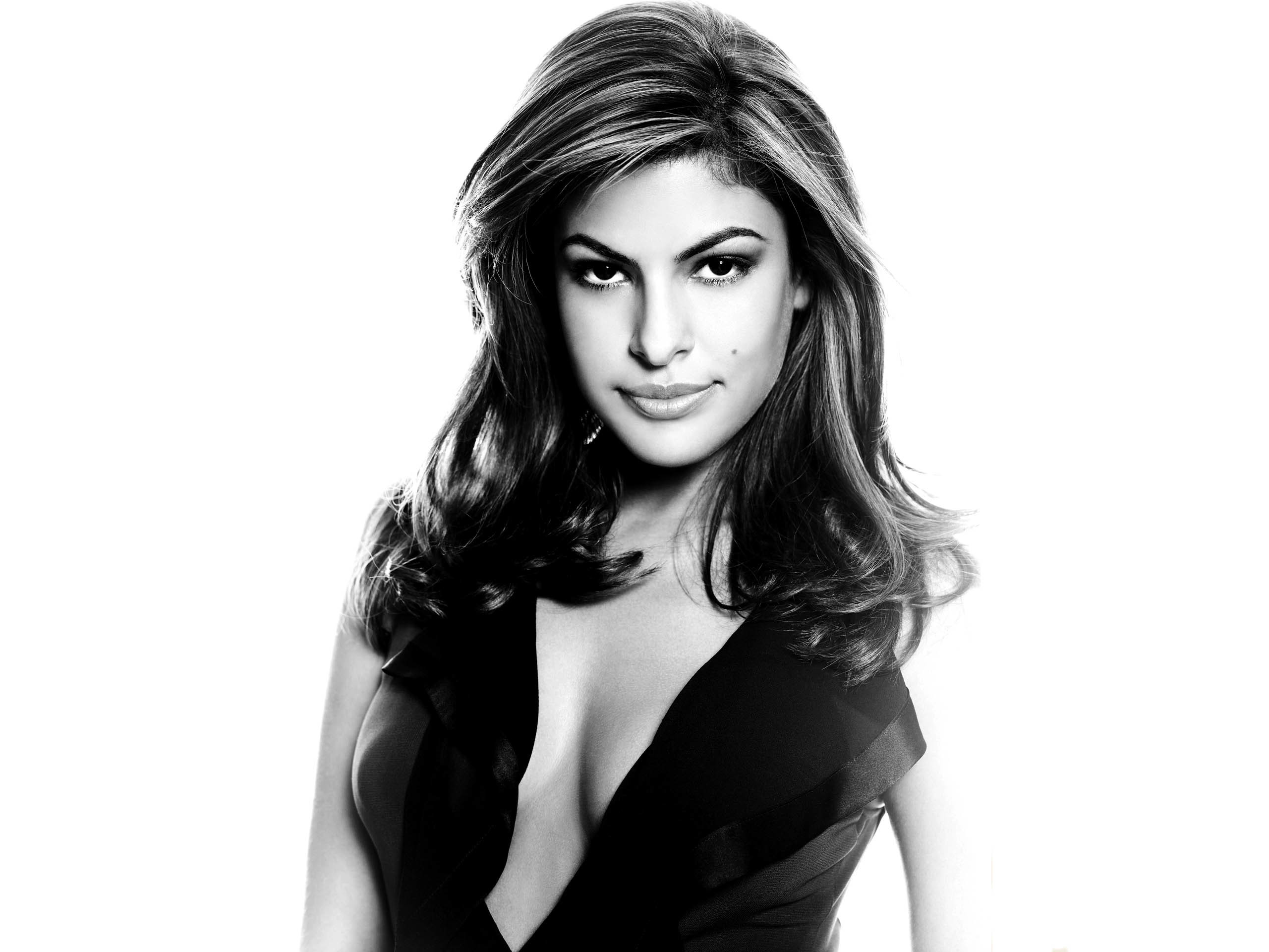 Eva Mendes Wallpapers HD Group