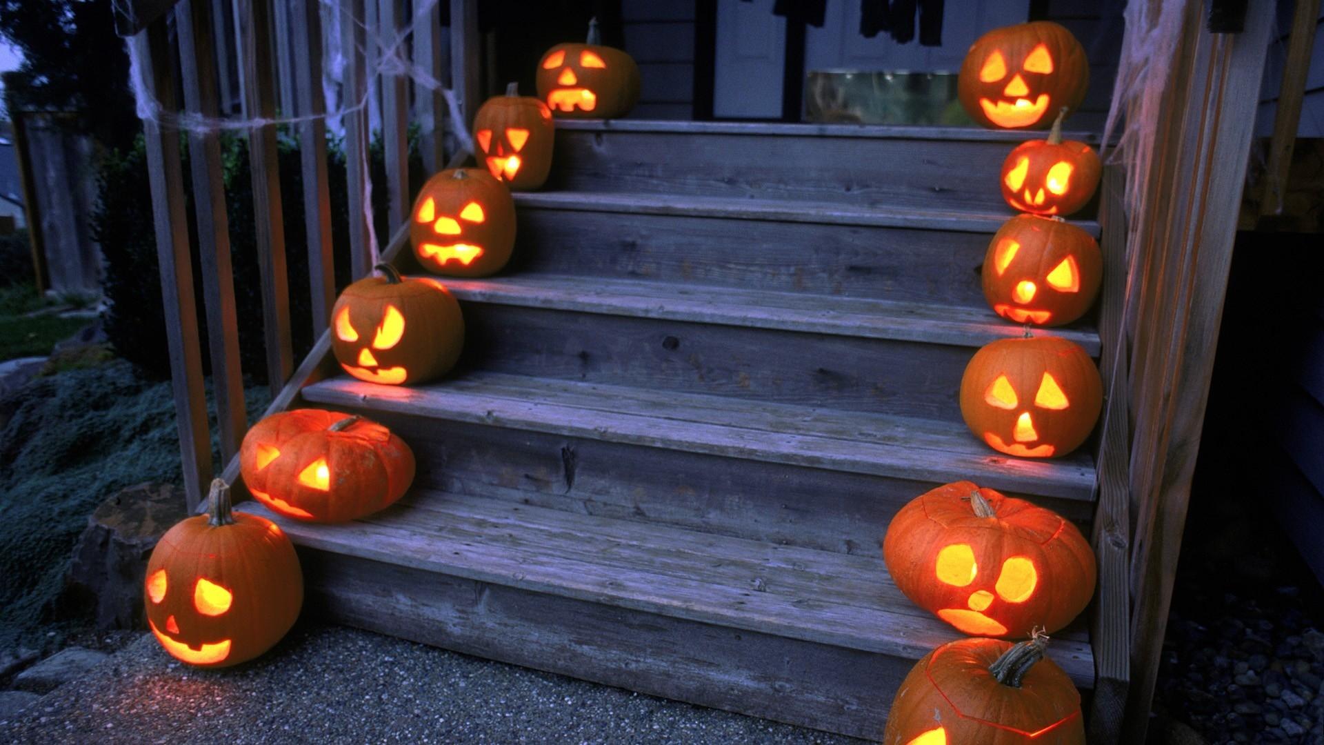 HD Halloween Desktop Backgrounds ·①