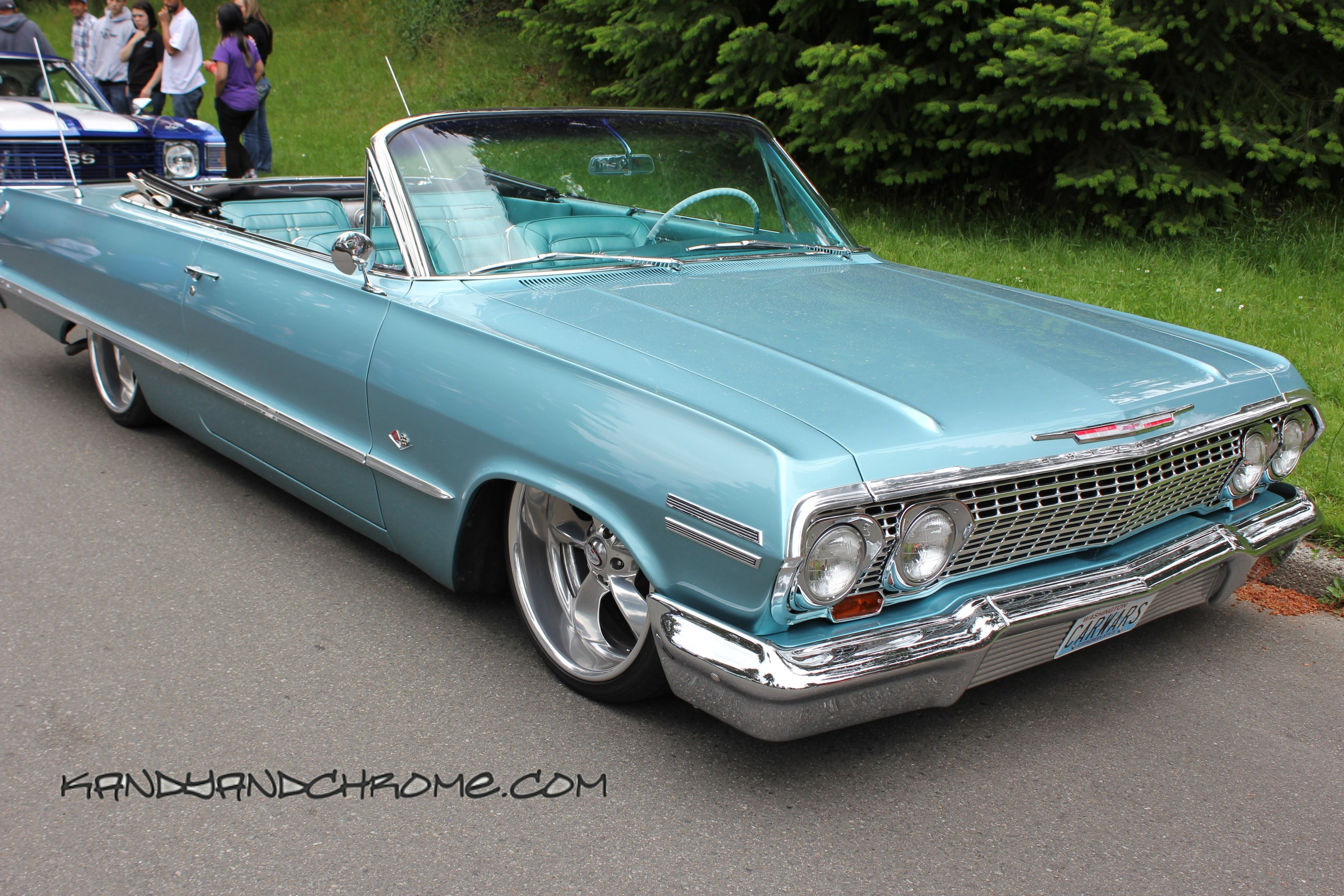 560290-amazing-lowrider-car-wallpaper-2592x1728.jpg