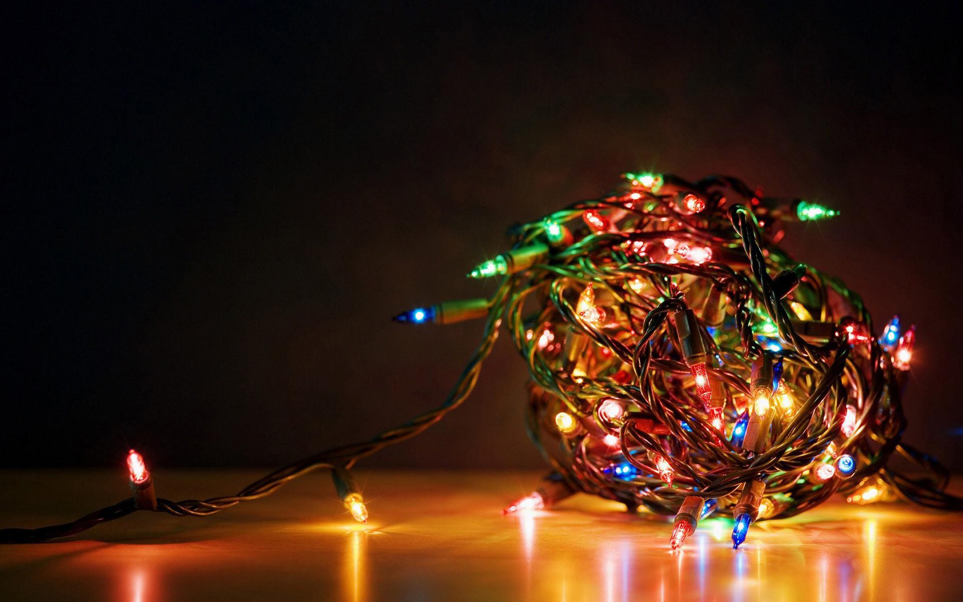 Computer Christmas Wallpaper ·①