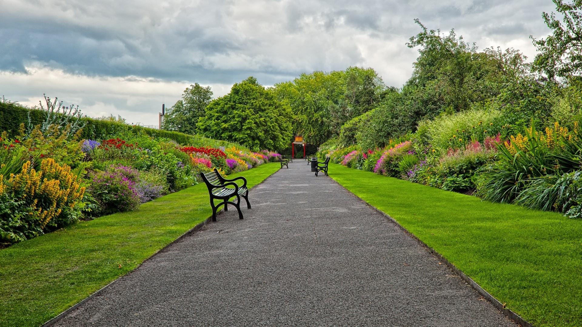 Flower garden background for How to landscape a garden