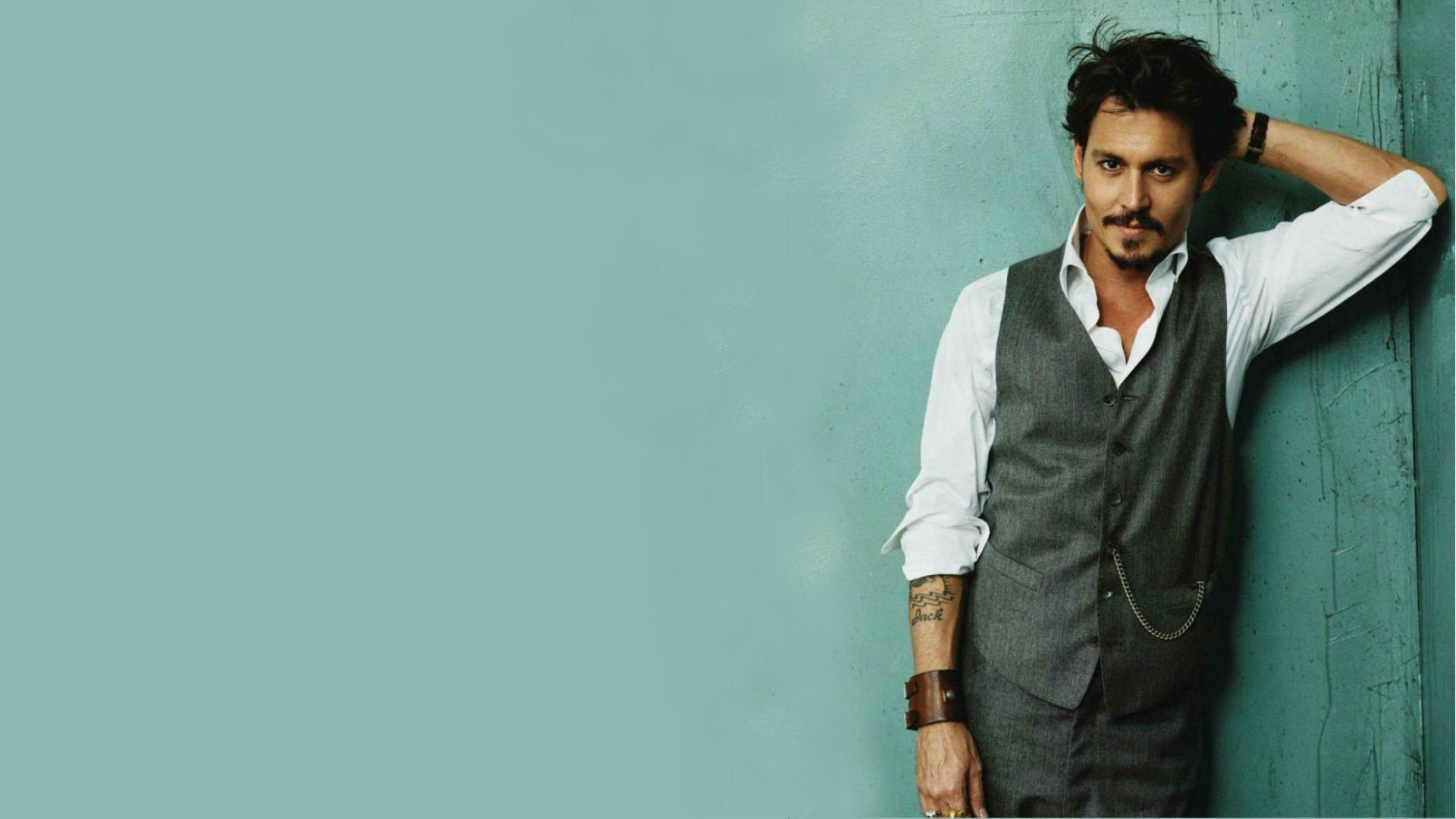 Johnny Depp Backgrounds ①