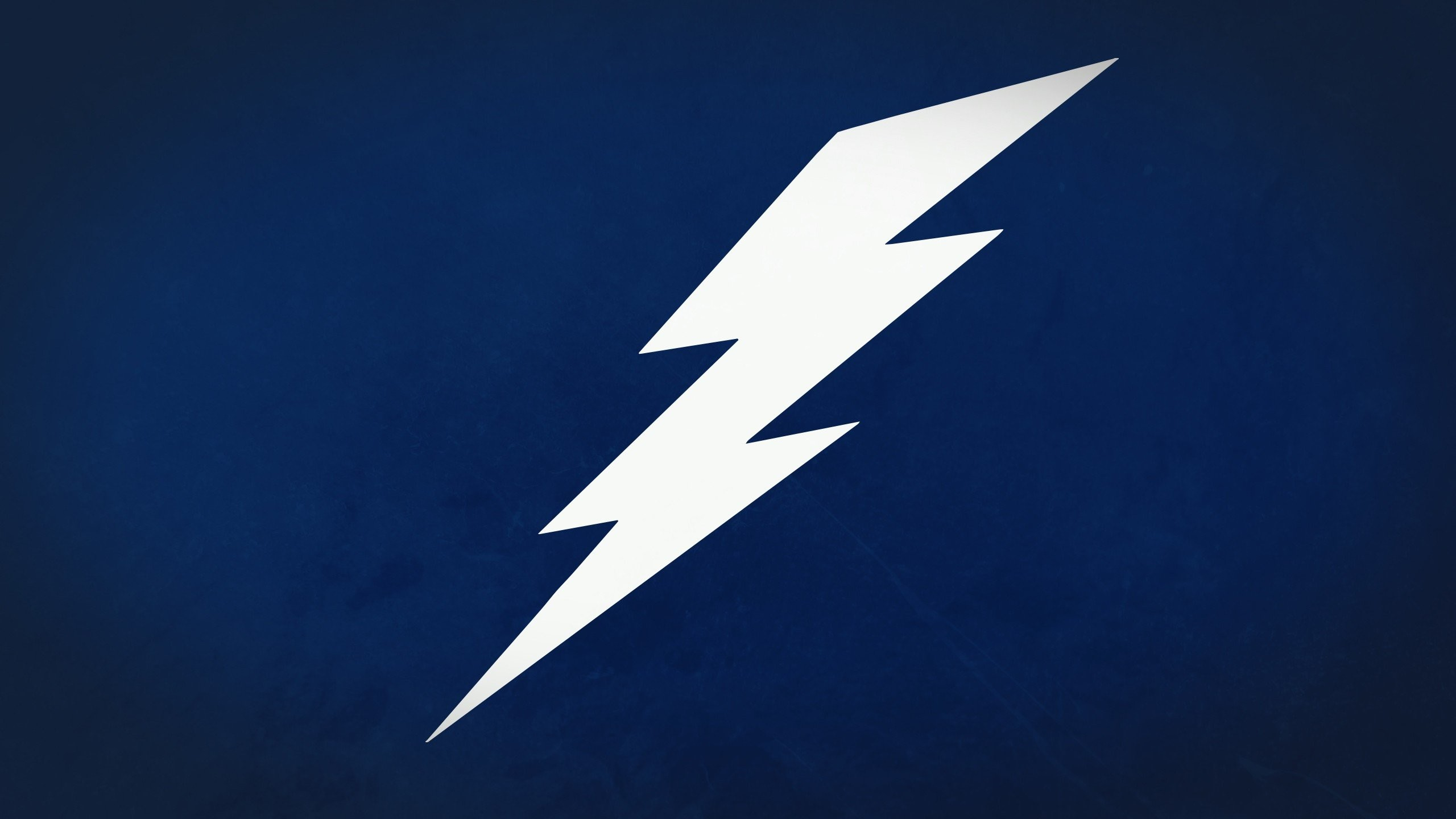 lightning bolt wallpaper ·①
