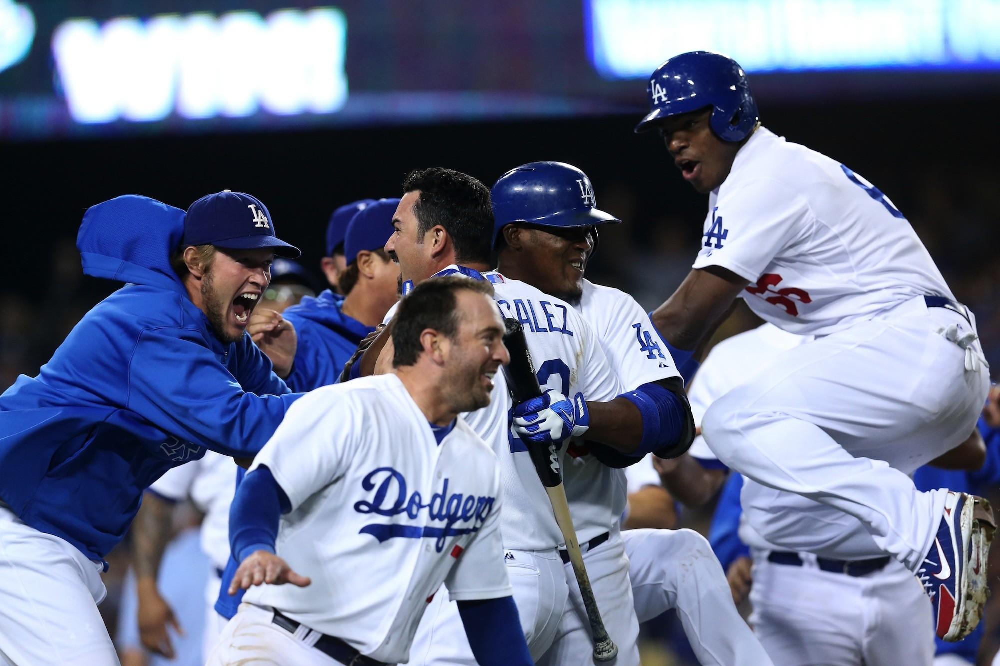 La página web oficial de los Dodgers de Los Angeles te ofrece toda la información actualizada con las anotaciones calendario estadísticas boletos y las noticias