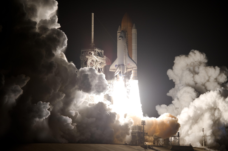 space shuttle launching - photo #31