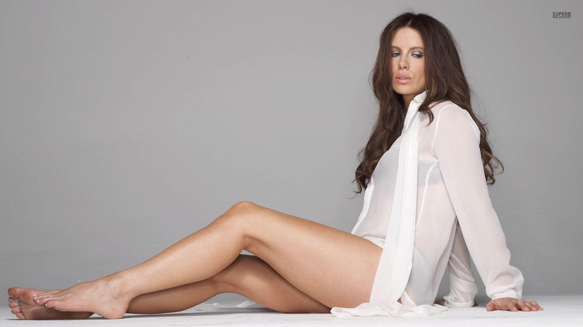 Selena Gomez Pantyhose 14