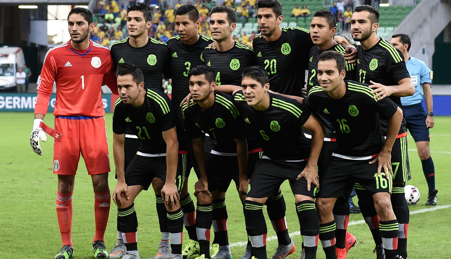 Mexican Soccer Team 2018 Wallpaper Wallpapertag