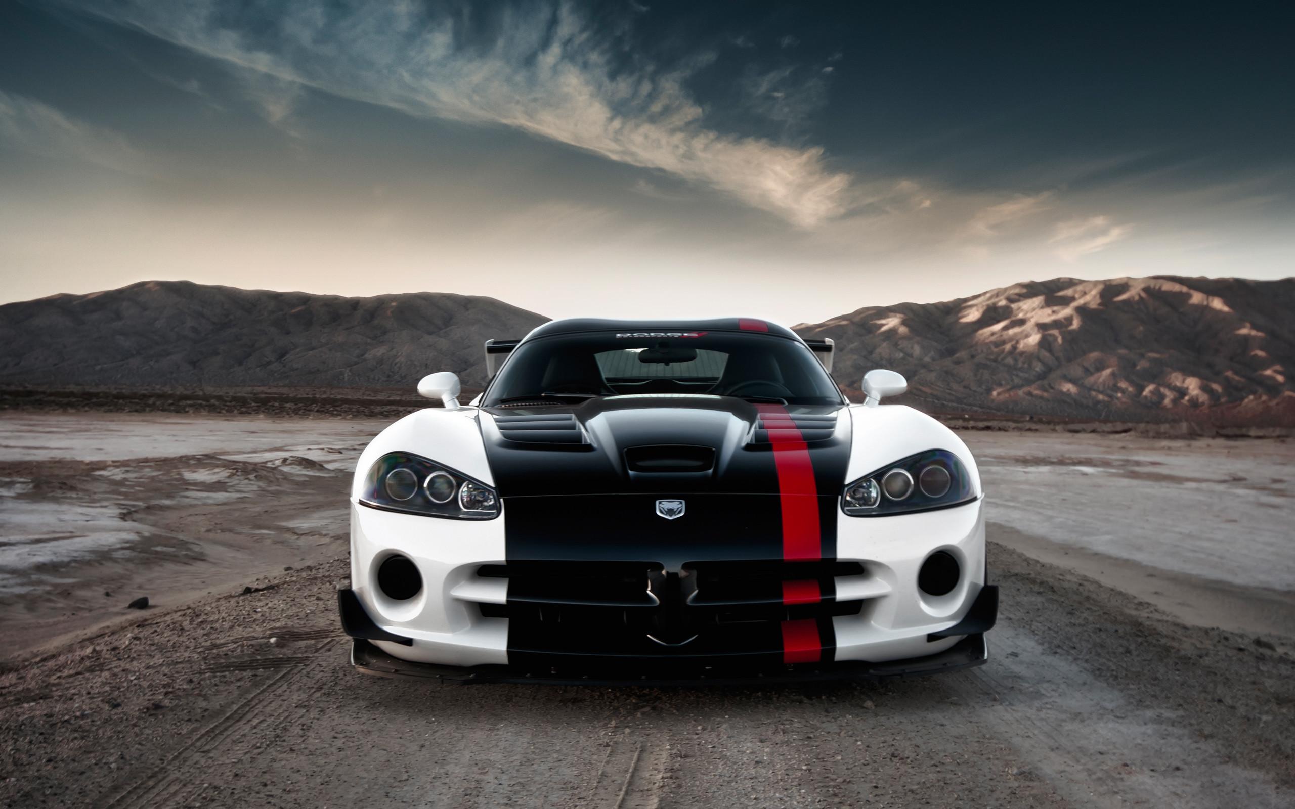 2560x1440 2017 Dodge Viper Final Edition 3