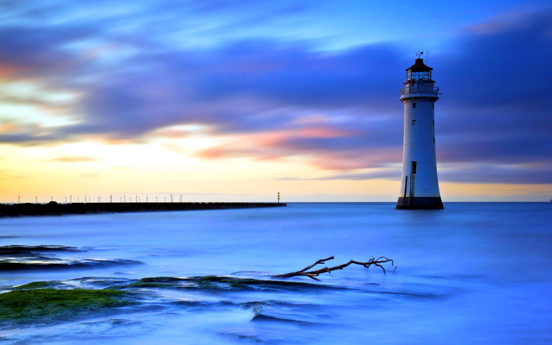 Free lighthouse pictures at night Cached