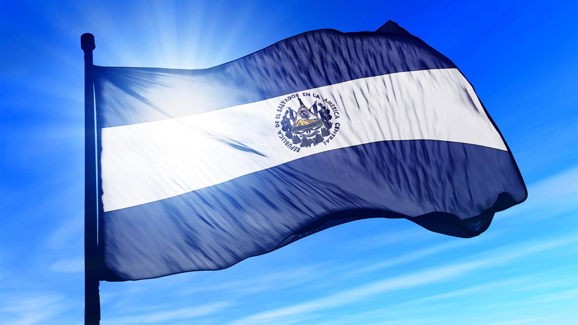 Bandera De El Salvador Wallpaper Wallpapertag