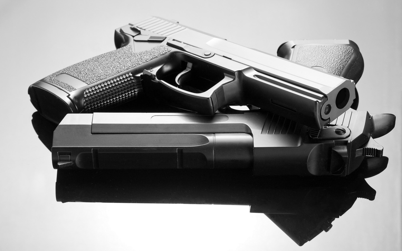 Guns wallpaper ·�...