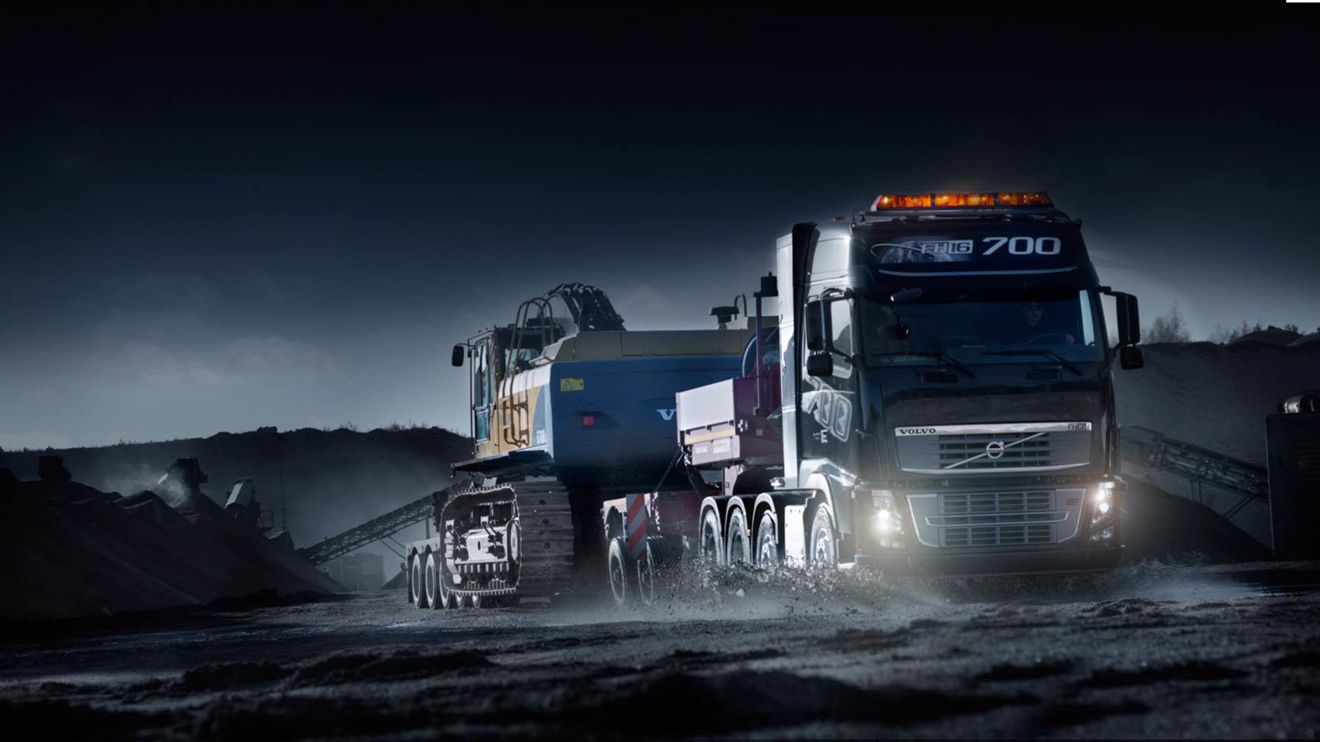 Optimus Prime Truck Wallpaper