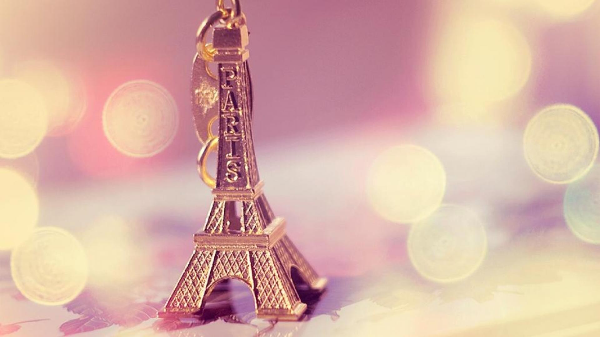 1920x1080 Cute Greetings From Paris Wallpaper