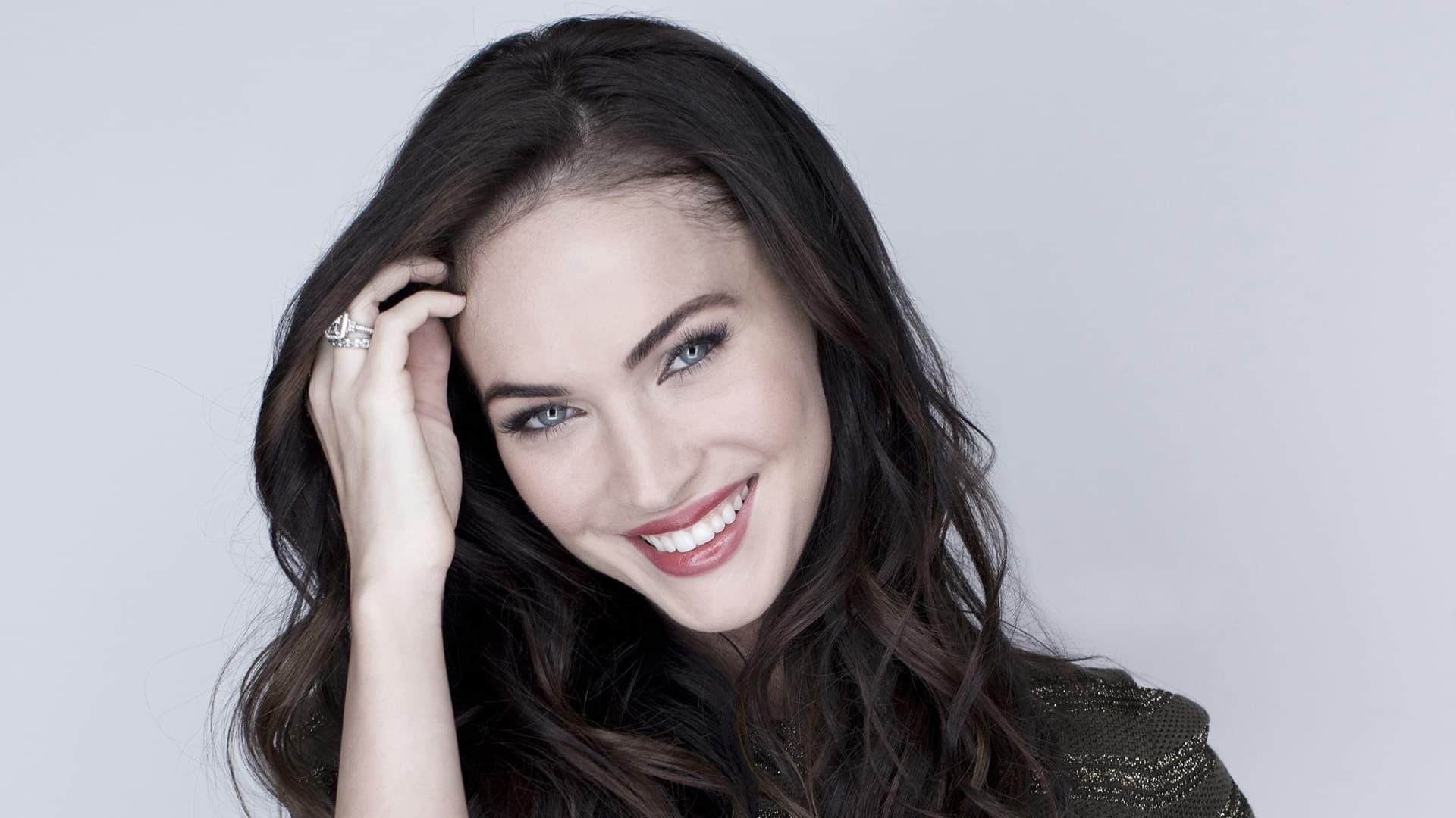 Megan Fox est une actrice et mannequin américaine née le 16 mai 1986 à Oak Ridge Elle est révélée au début des années 2000 par des rôles réguliers à la