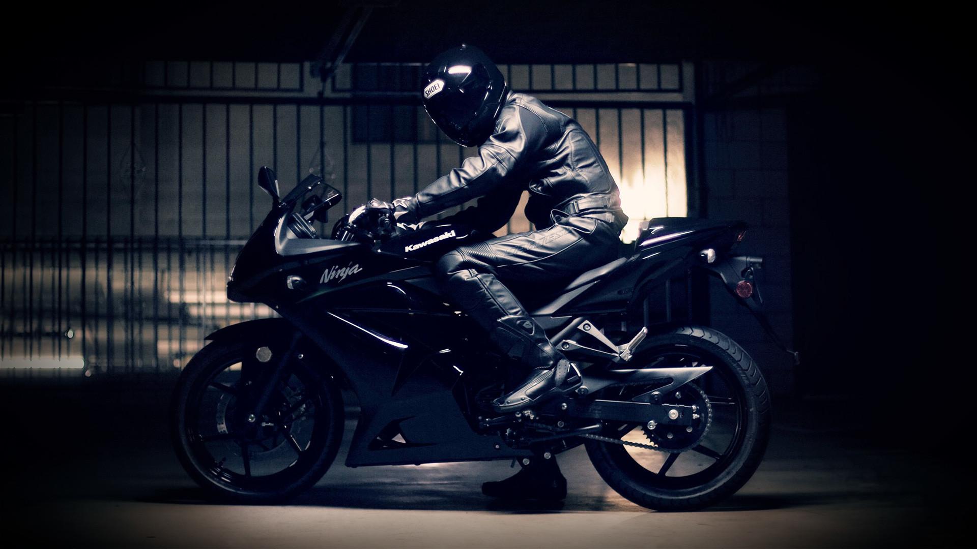 Картинки мотоциклистов на рабочий стол