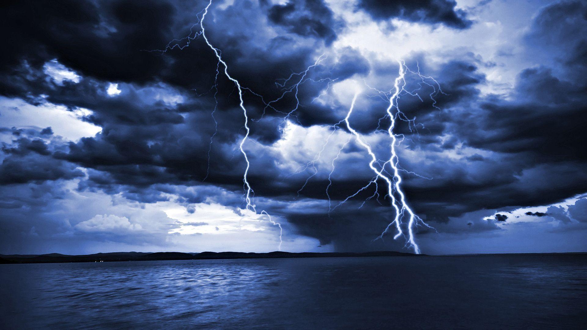 Lightning Wallpaper HD 1