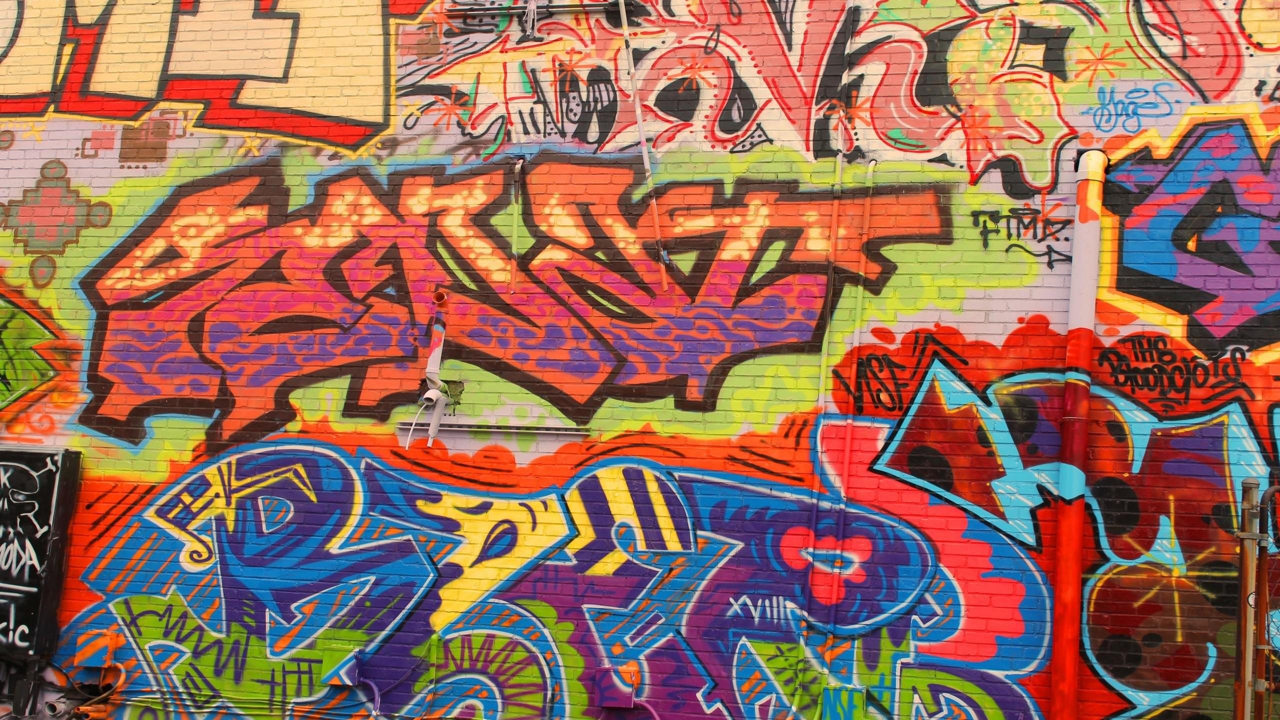 это обои на телефон граффити на стенах организации рейтингом