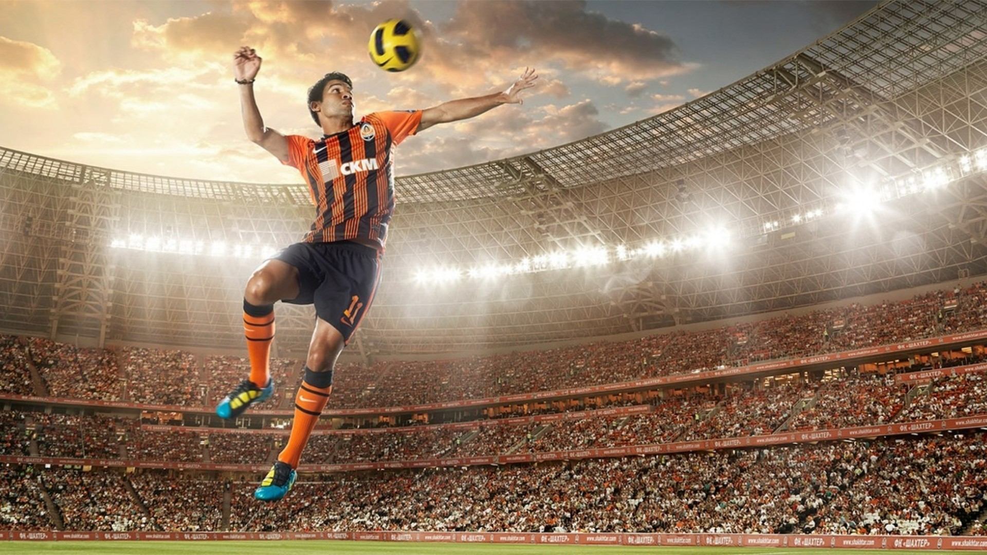 Soccer player wallpapers 2013