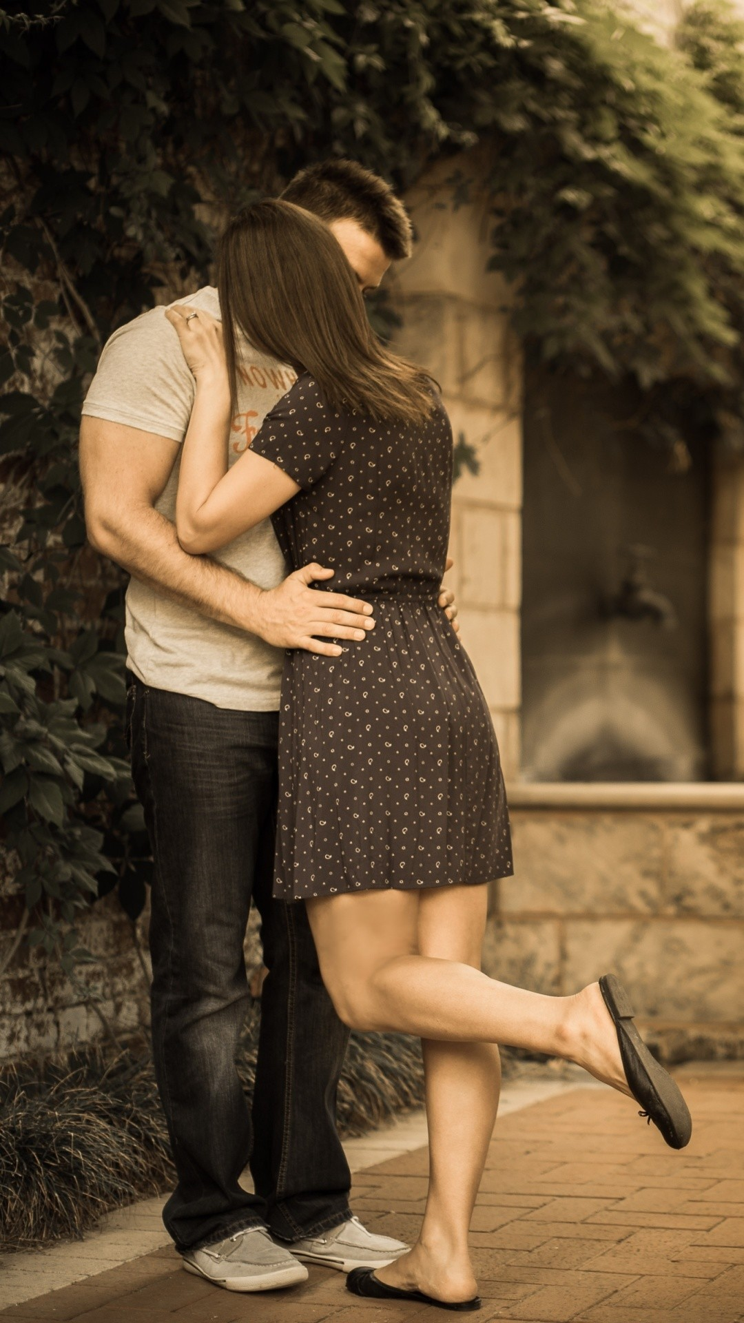 Love couple kisses wallpapers wallpapertag - 4k kiss wallpaper ...