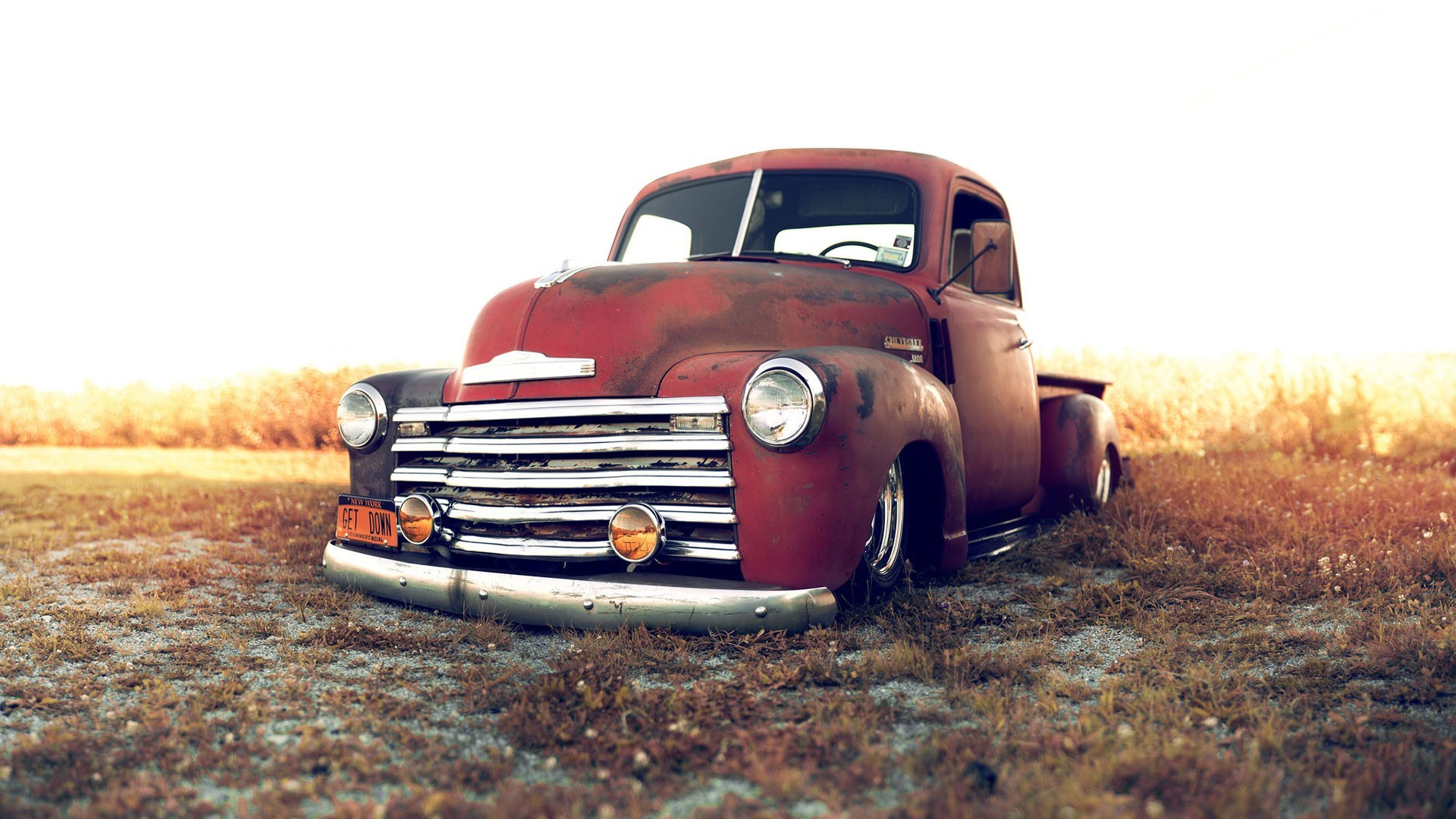 Old Trucks Wallpapers ·①