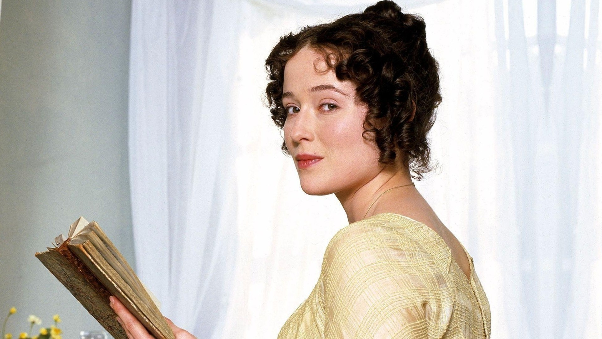 "elizabeth bennets revolutionary character in pride and prejudice essay Essay topic: the ways how the characters of jane austen's elizabeth bennet unique and complex characters ""pride and prejudice"" reveals the essence."
