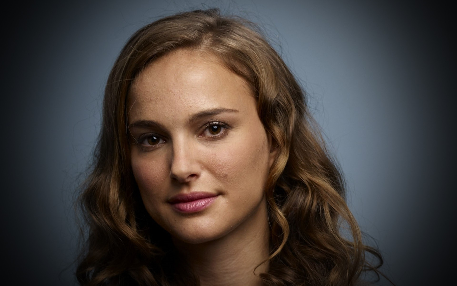 Natalie Portman born NetaLee Hershlag June 9 1981 is a film actress producer and director with dual Israeli and American citizenship She is the recipient of