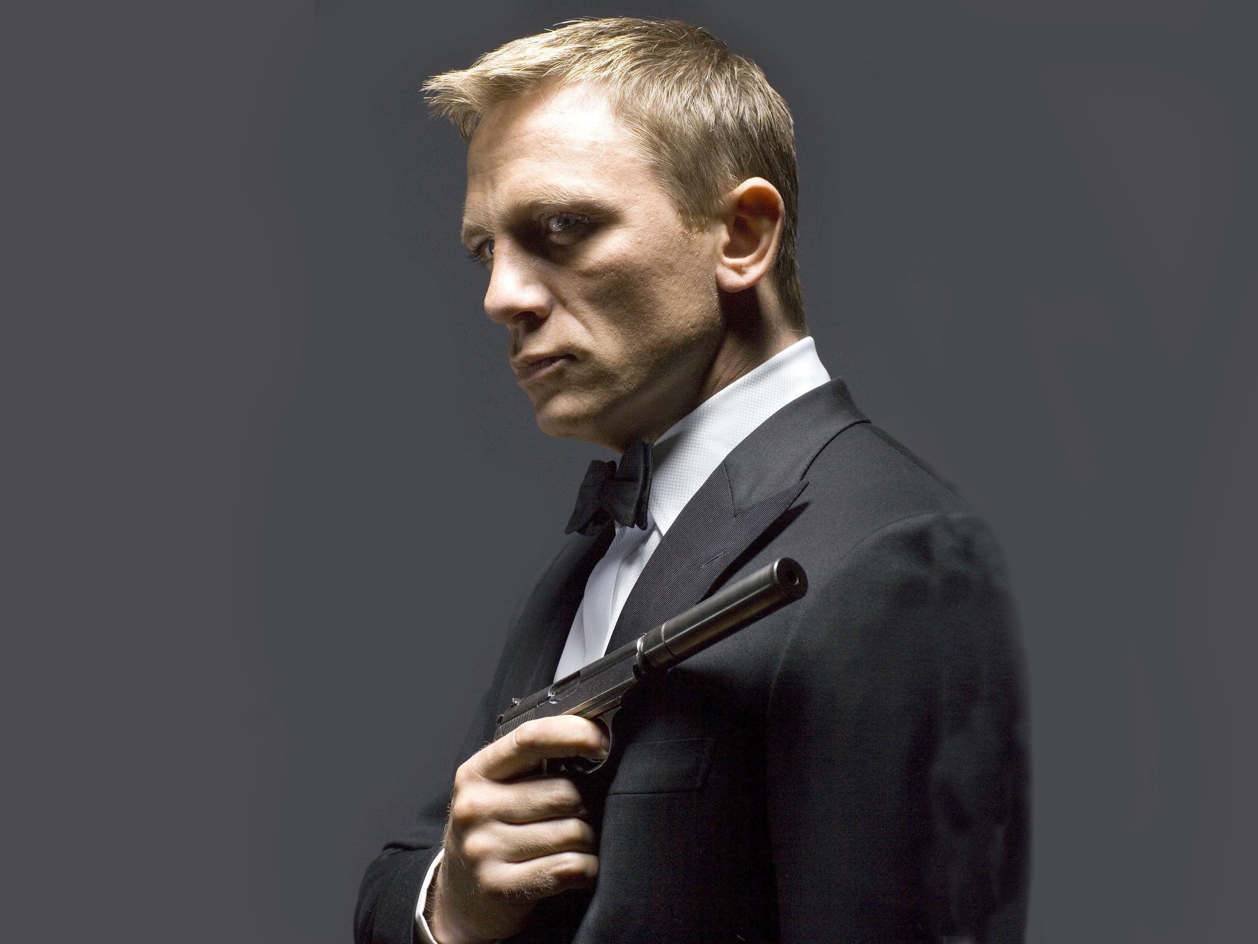 James bond tuxedo daniel craig