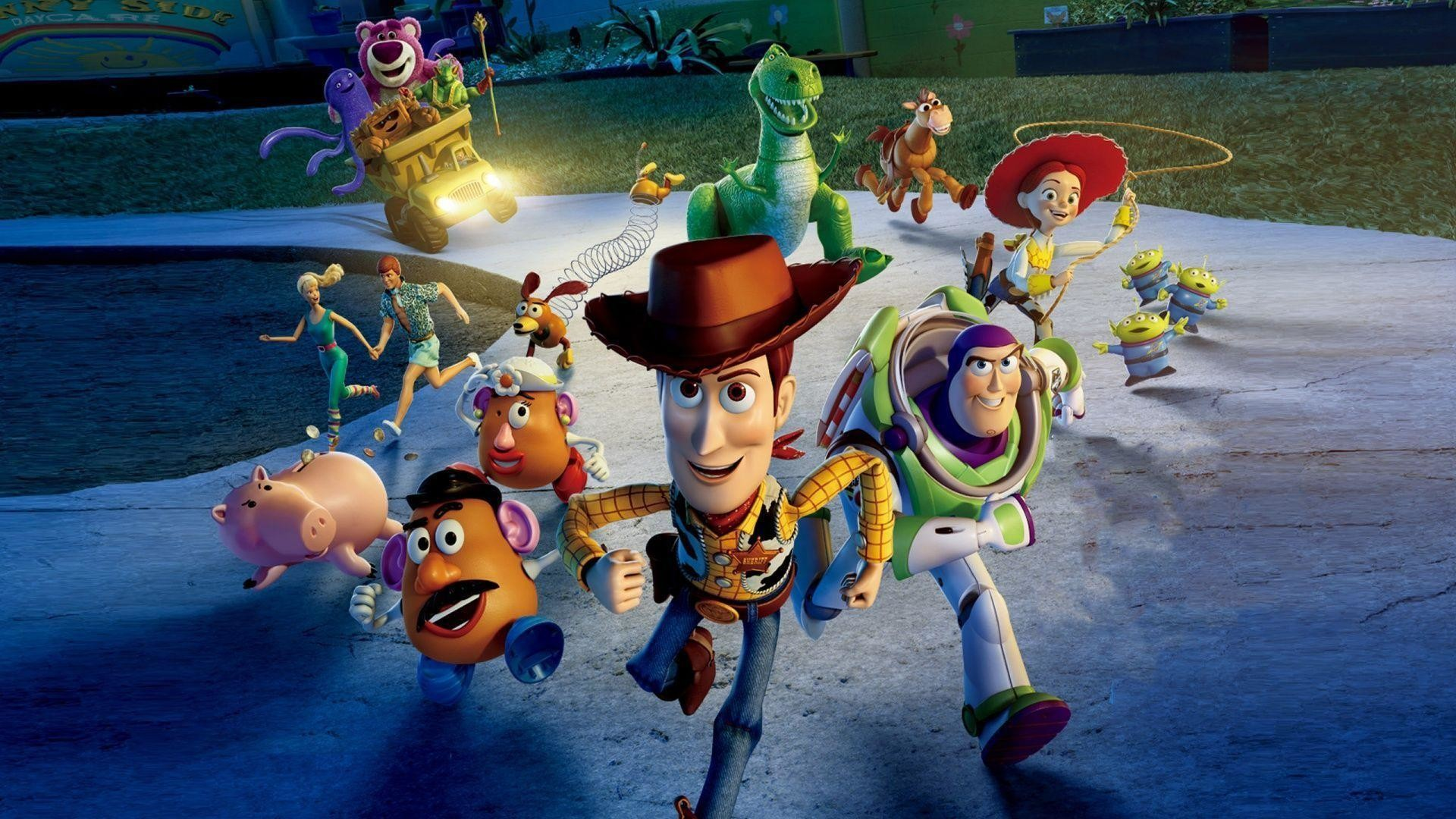 a review of pixars animated movie toy story 'toy story' – twenty-one years ago, pixar made movie history with toy story, the first full-length film to be animated by computers pixar had won oscars for its short films, but toy story proved that it could sustain its storytelling magic over the length of a feature film.