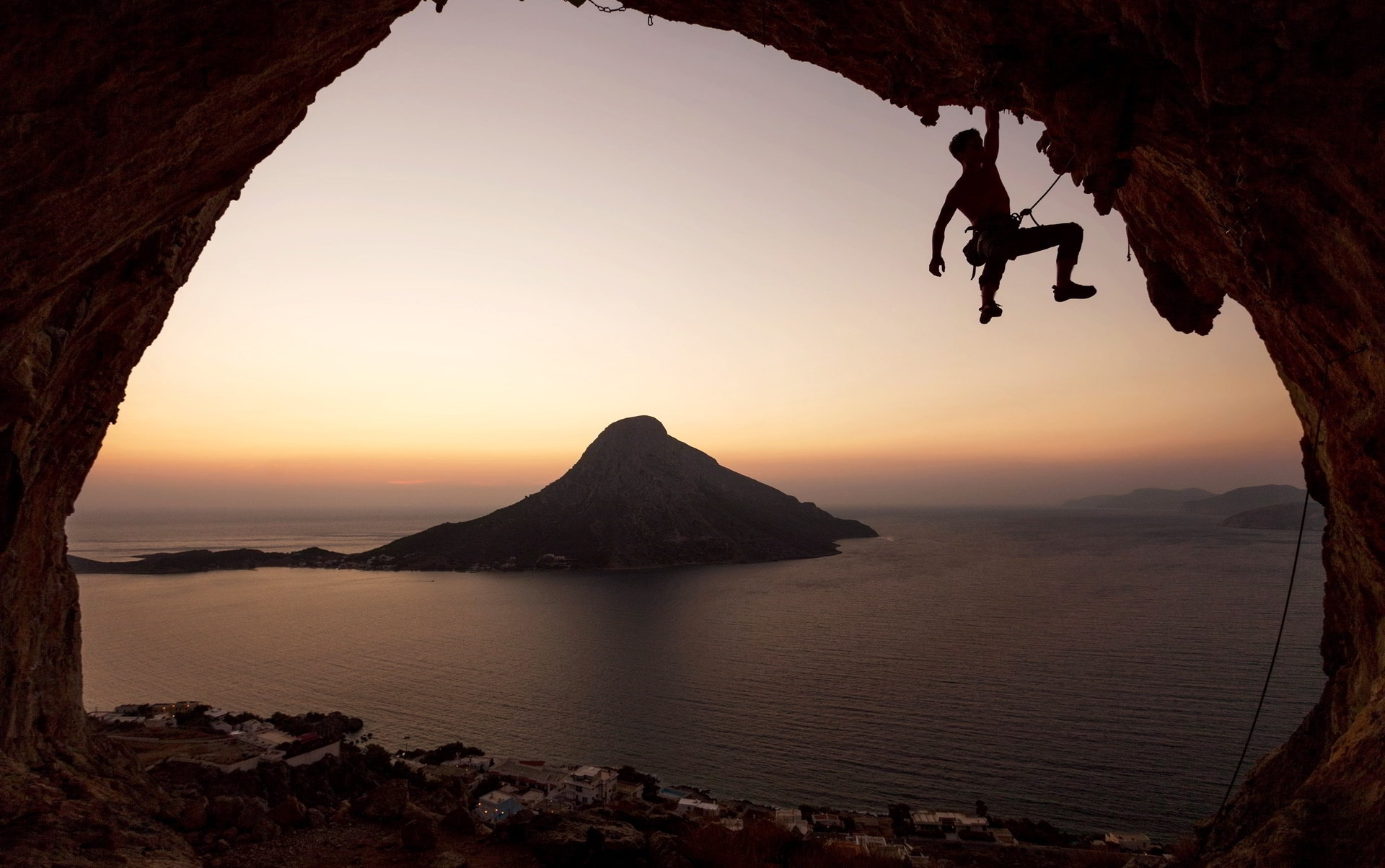 1920x1204 Rock Climbing Desktop Wallpaper HD Download