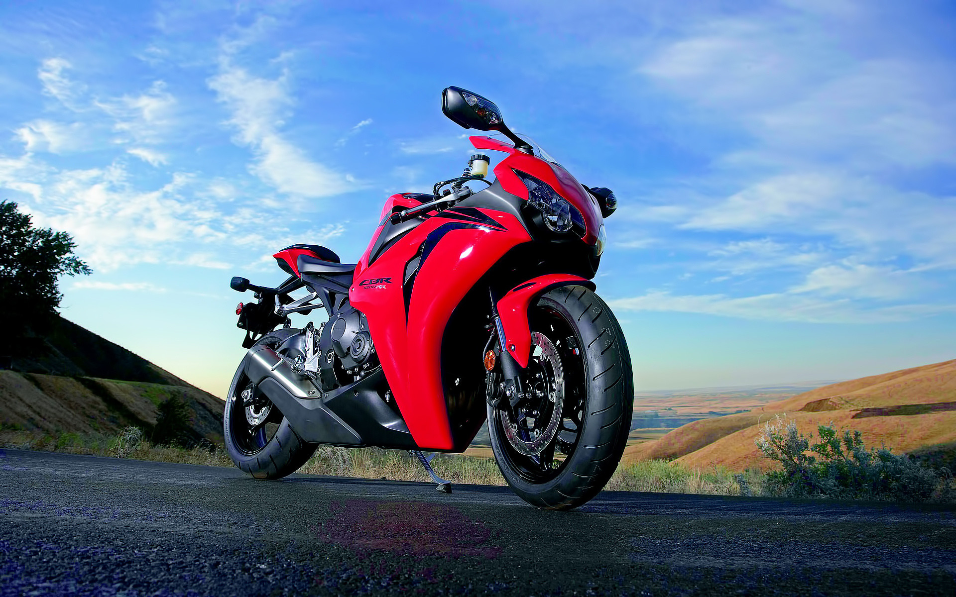 Мотоцикл Ducati море  № 3435394  скачать