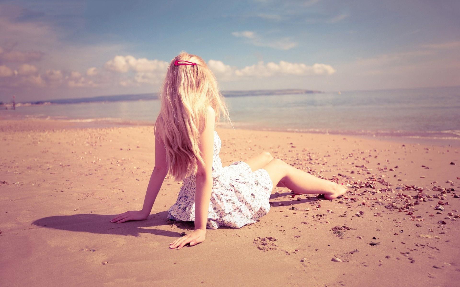 40 chill wallpapers download free stunning full hd - Beach girl wallpaper hd ...