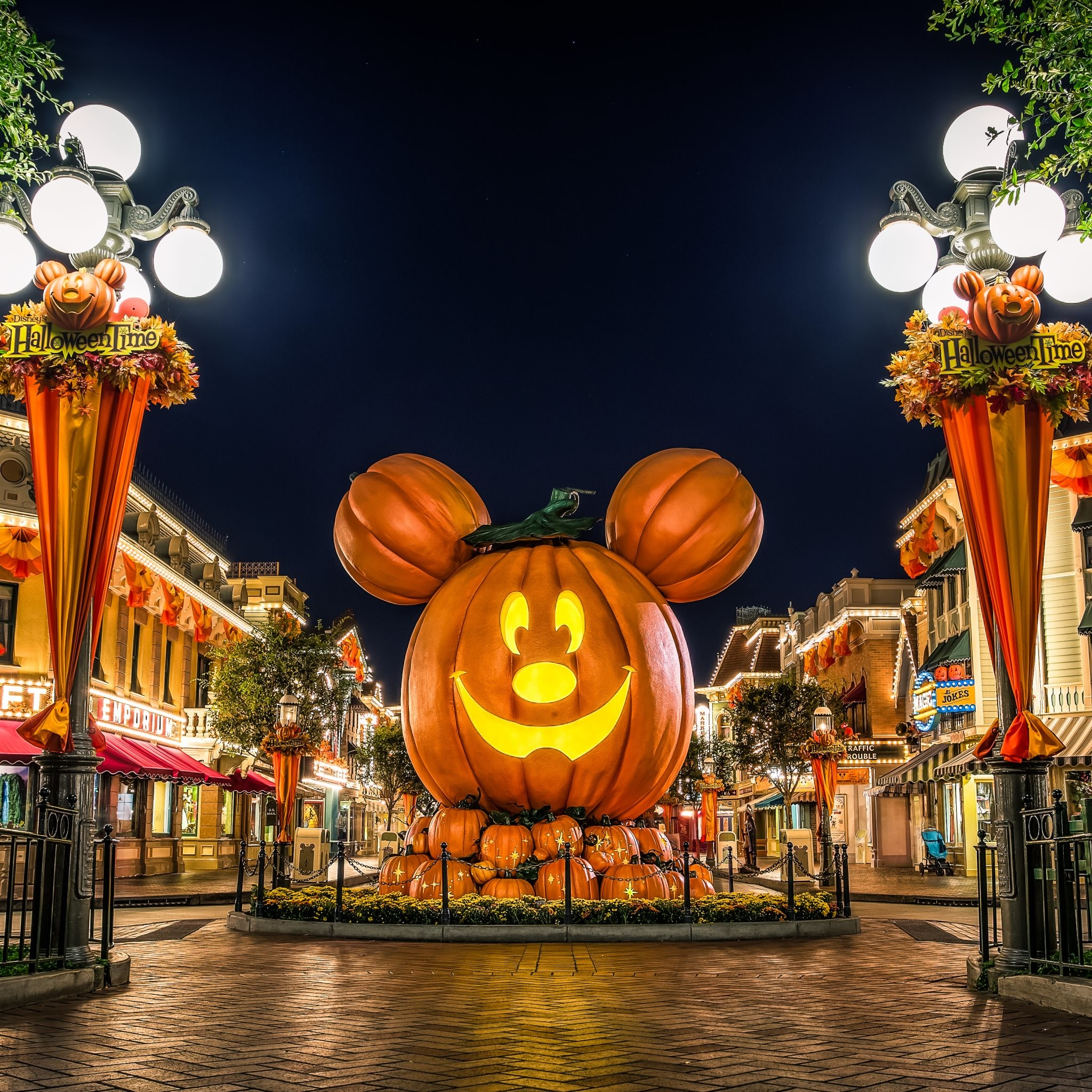 Disney Halloween Backgrounds 1