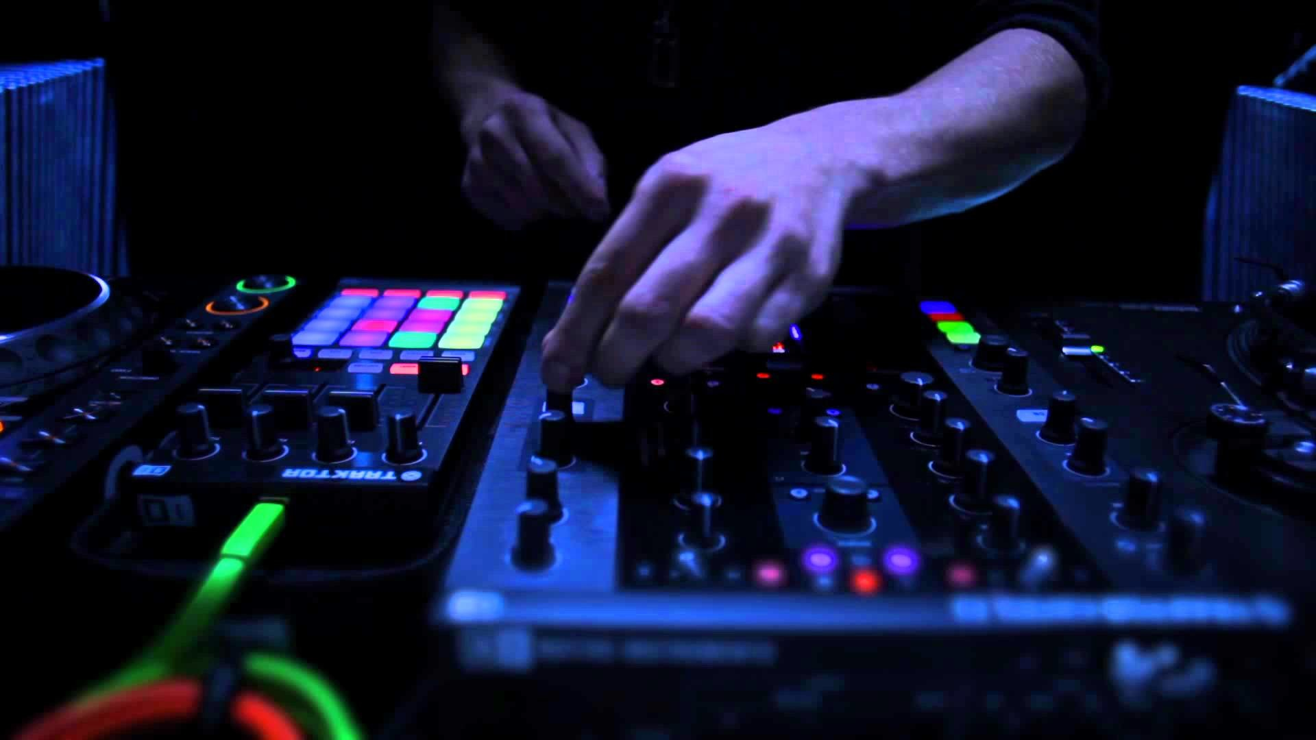 Traktor Wallpaper Hd 183 ①
