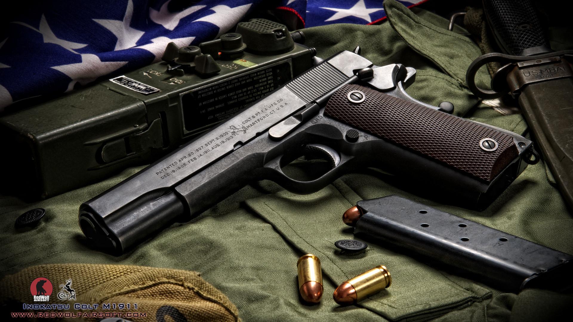 Автомат, нож и пистолет  № 3465030  скачать