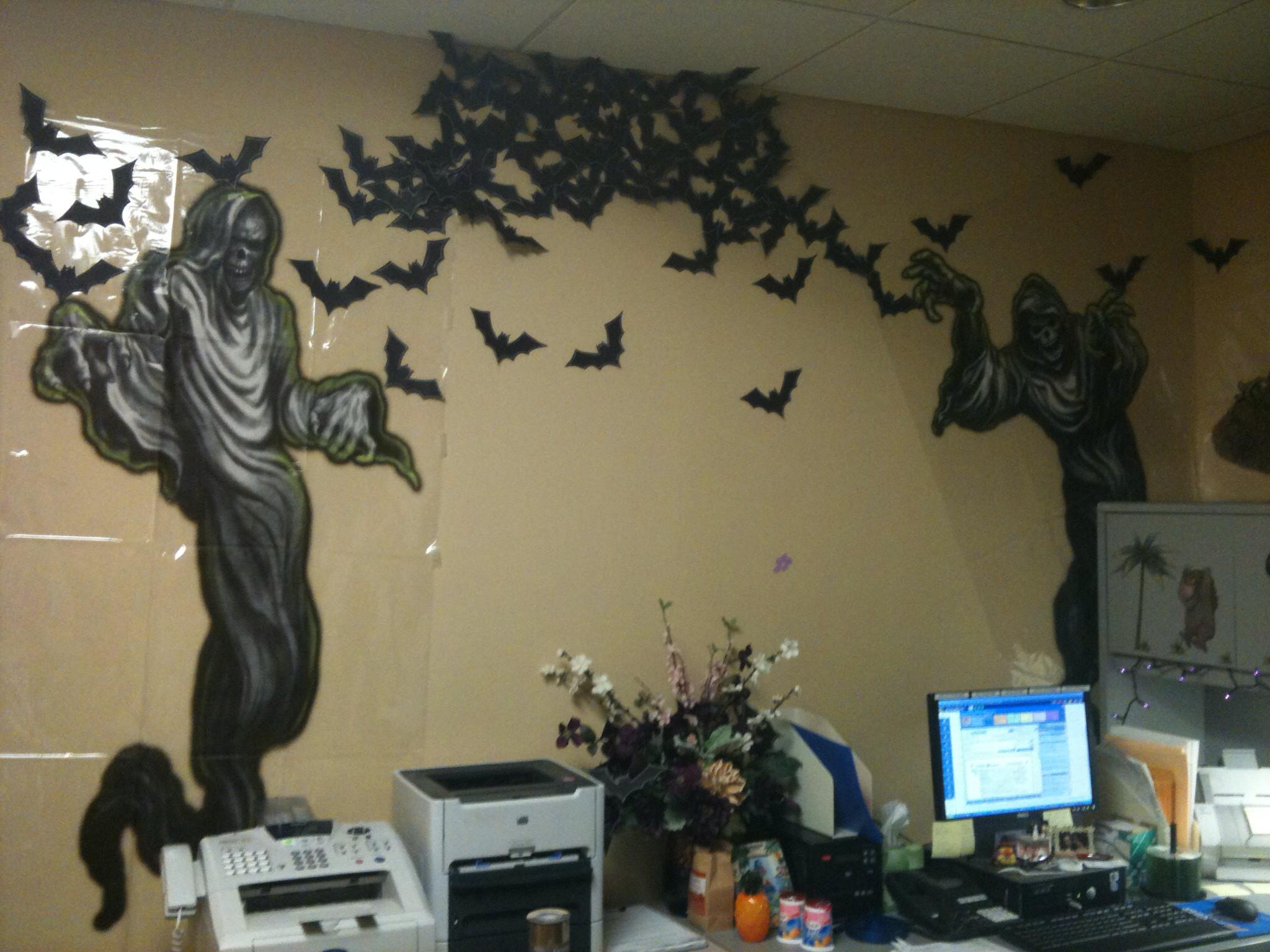 amusing halloween office decoration theme ideas | Cubicle Wallpaper ·① WallpaperTag