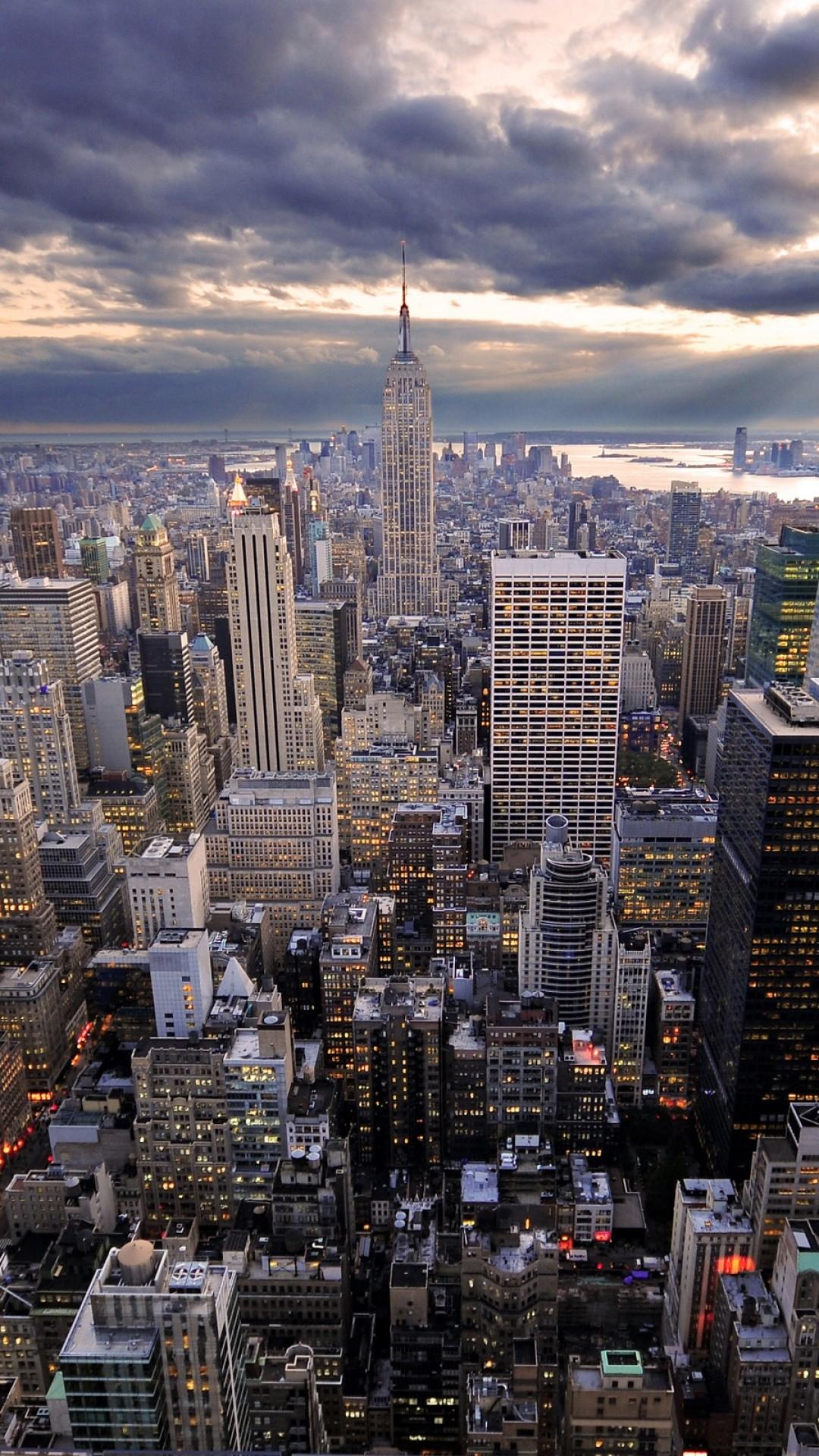 New York City Skyline Wallpaper9 1 600x338