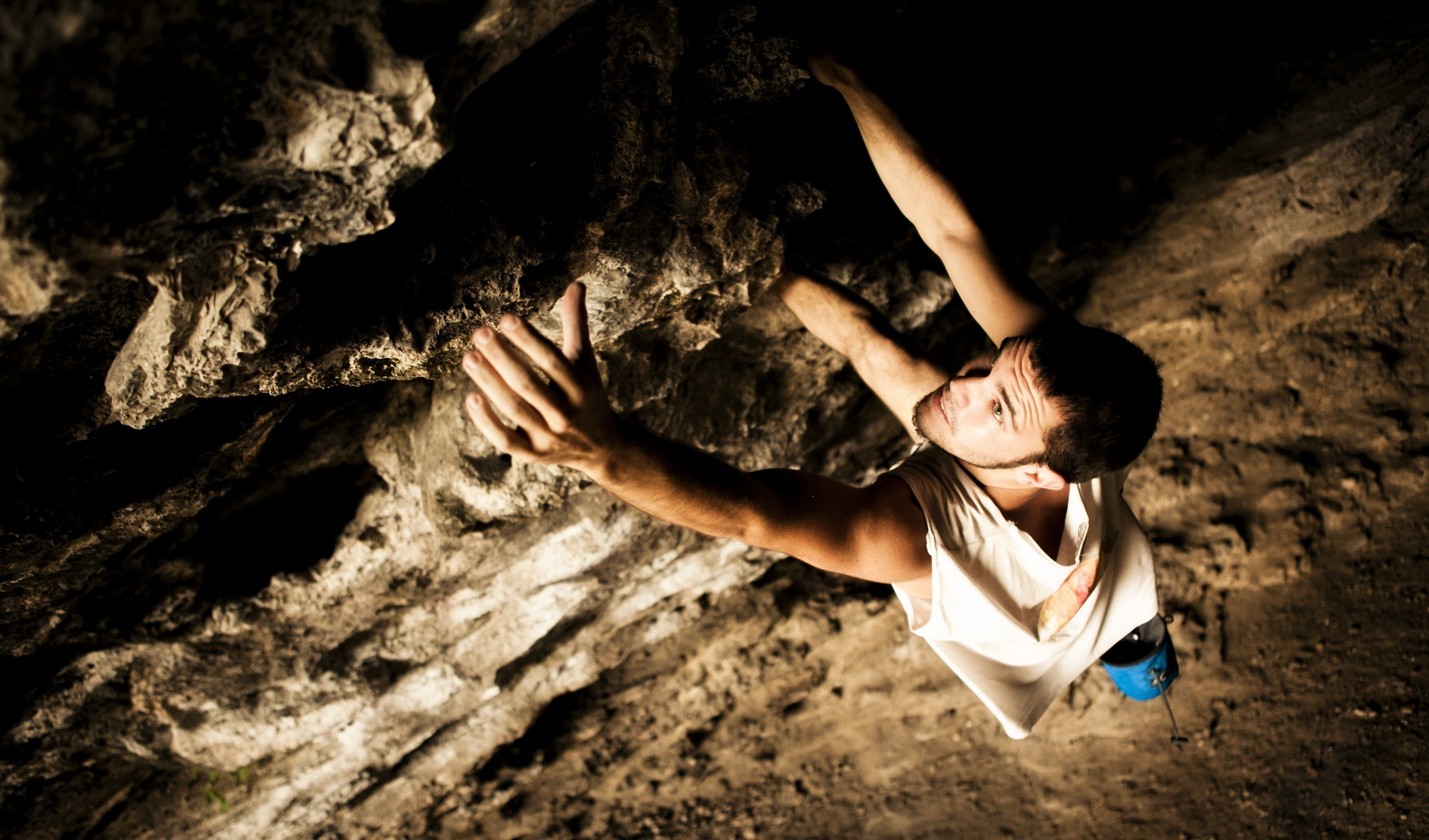 Outdoor rock climbing wallpaper