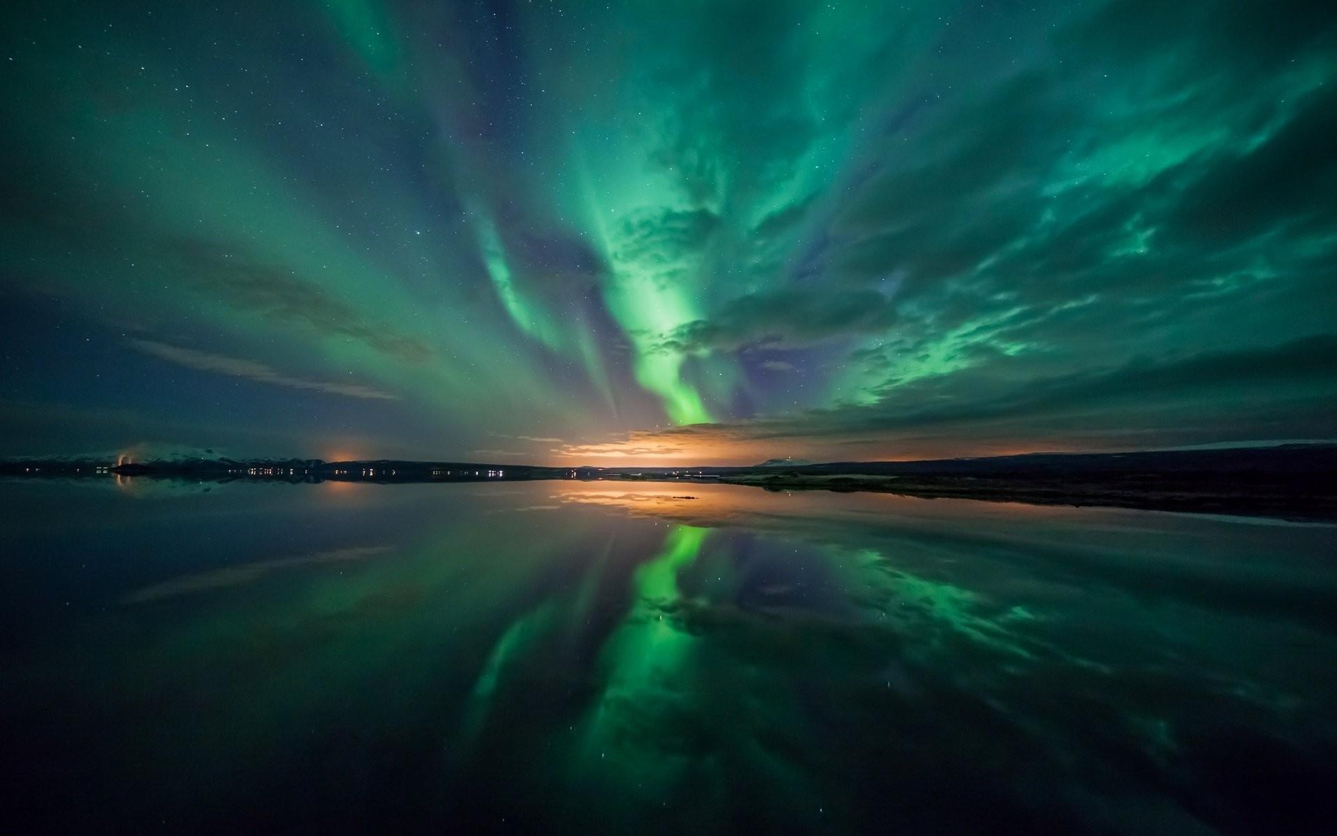 Aurora Borealis wallpaper ·① Download free HD wallpapers ...