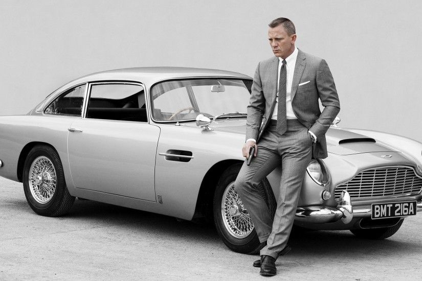 James Bond 007, Classic Car, Suit, Gun, Aston Martin